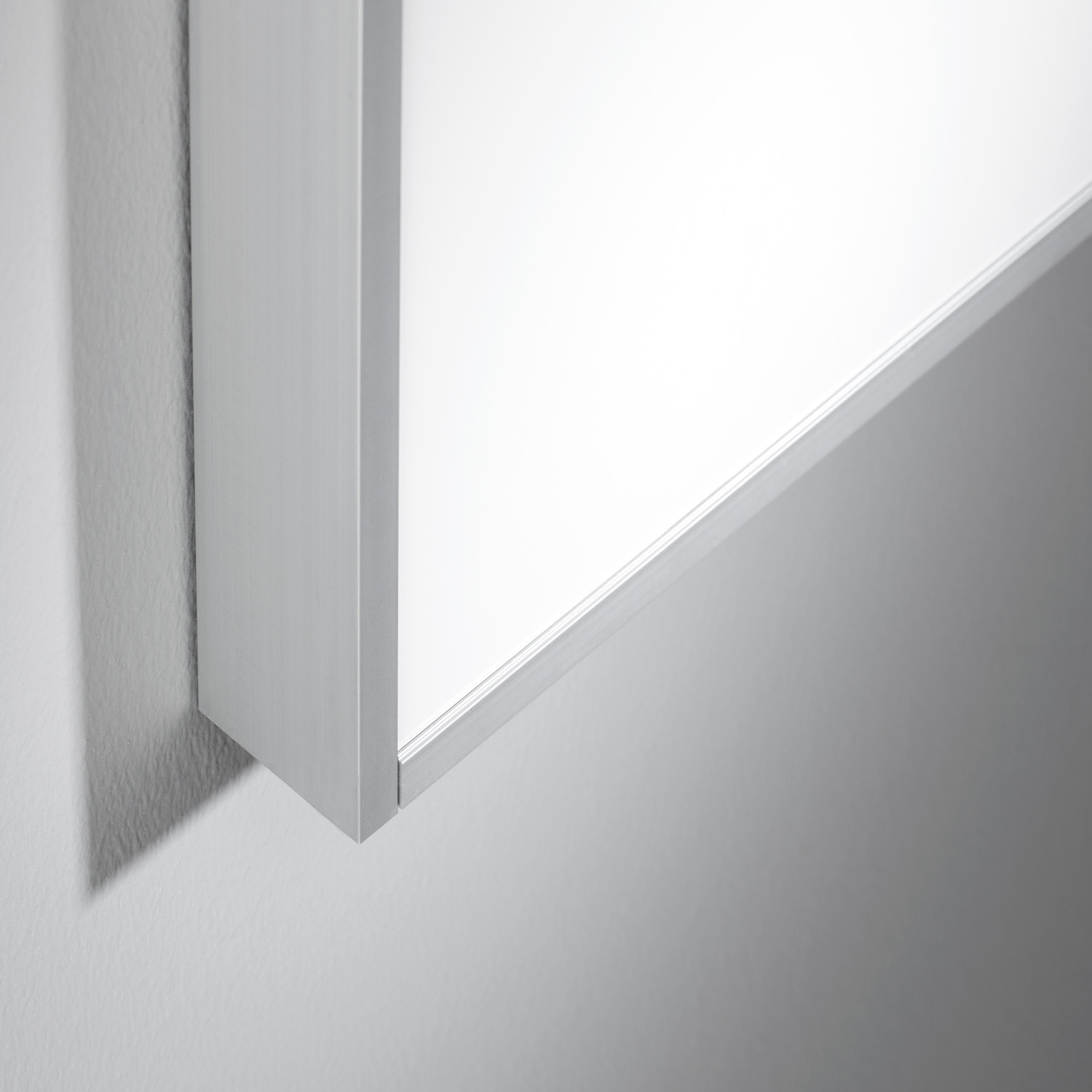 Acoustic Whiteboard with Sound Absorption