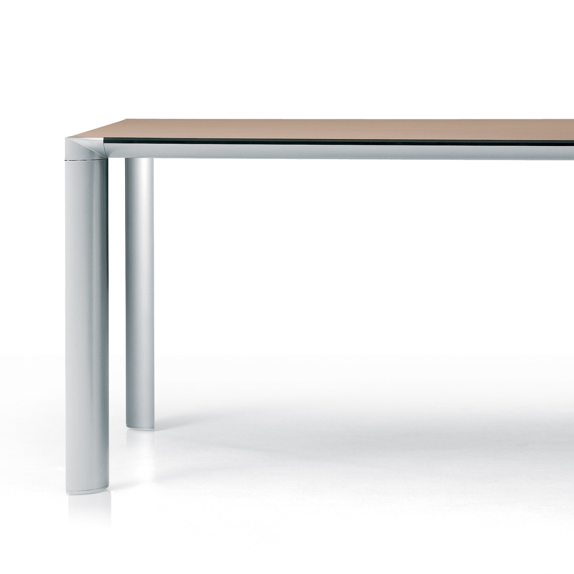 Ahrend 1030 Table