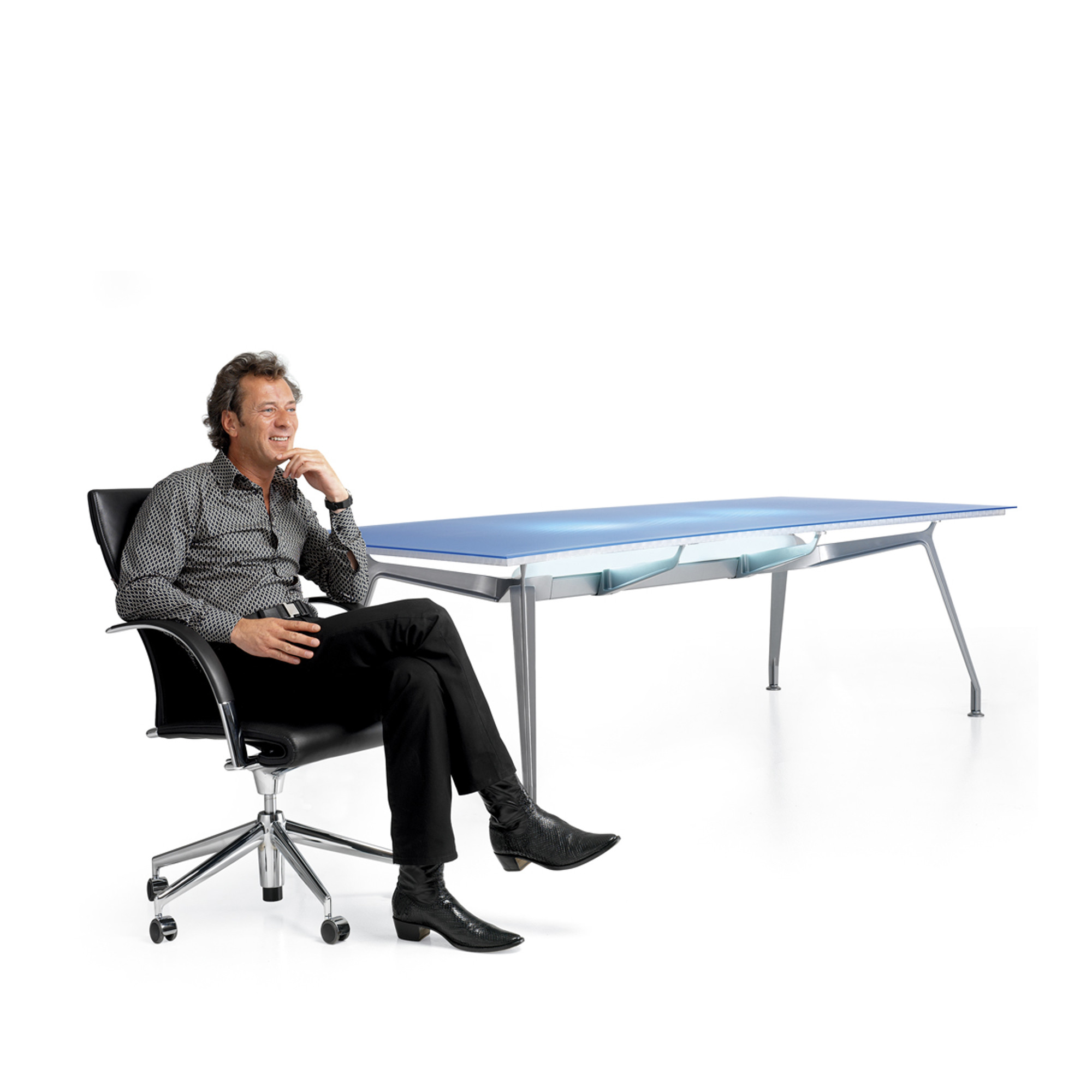 Ahrend 1200 Meeting Tables