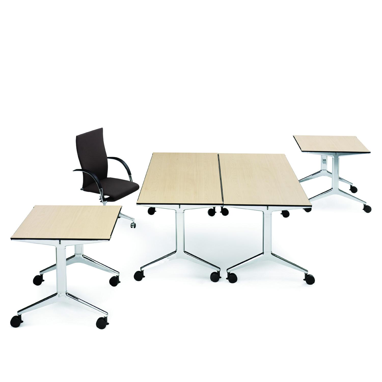 Ahrend 22 Desk