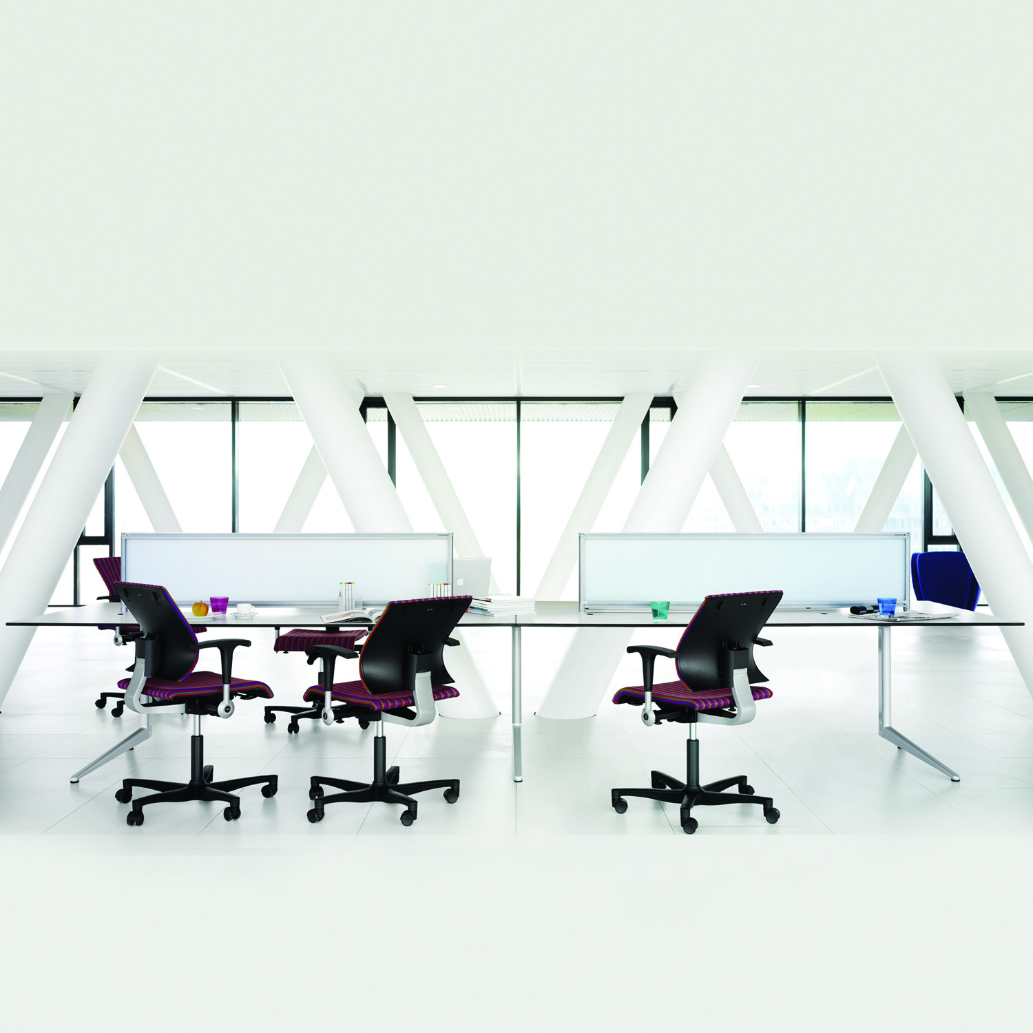Ahrend 22 Office Desks