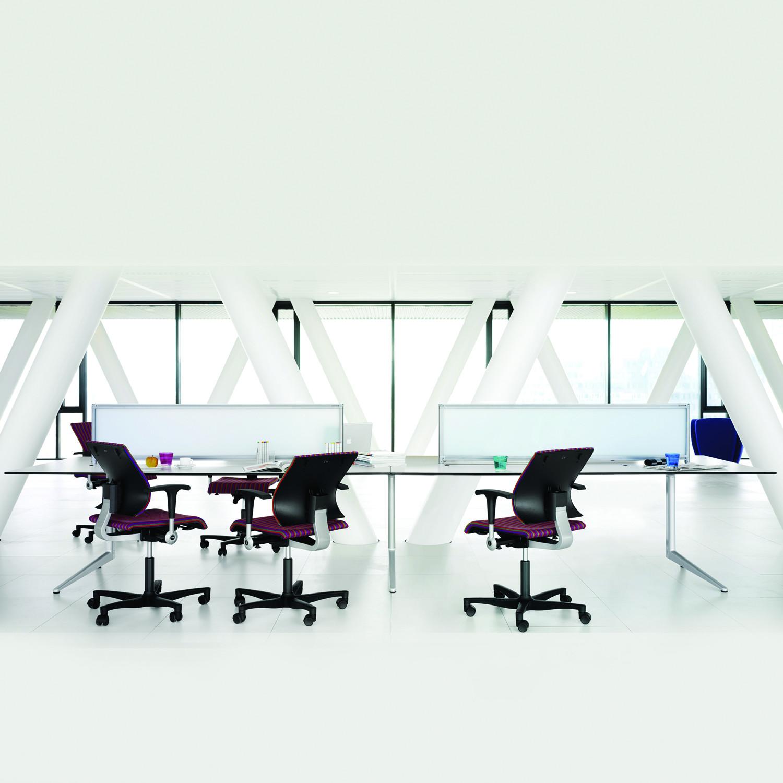 Ahrend 22 Office Desks
