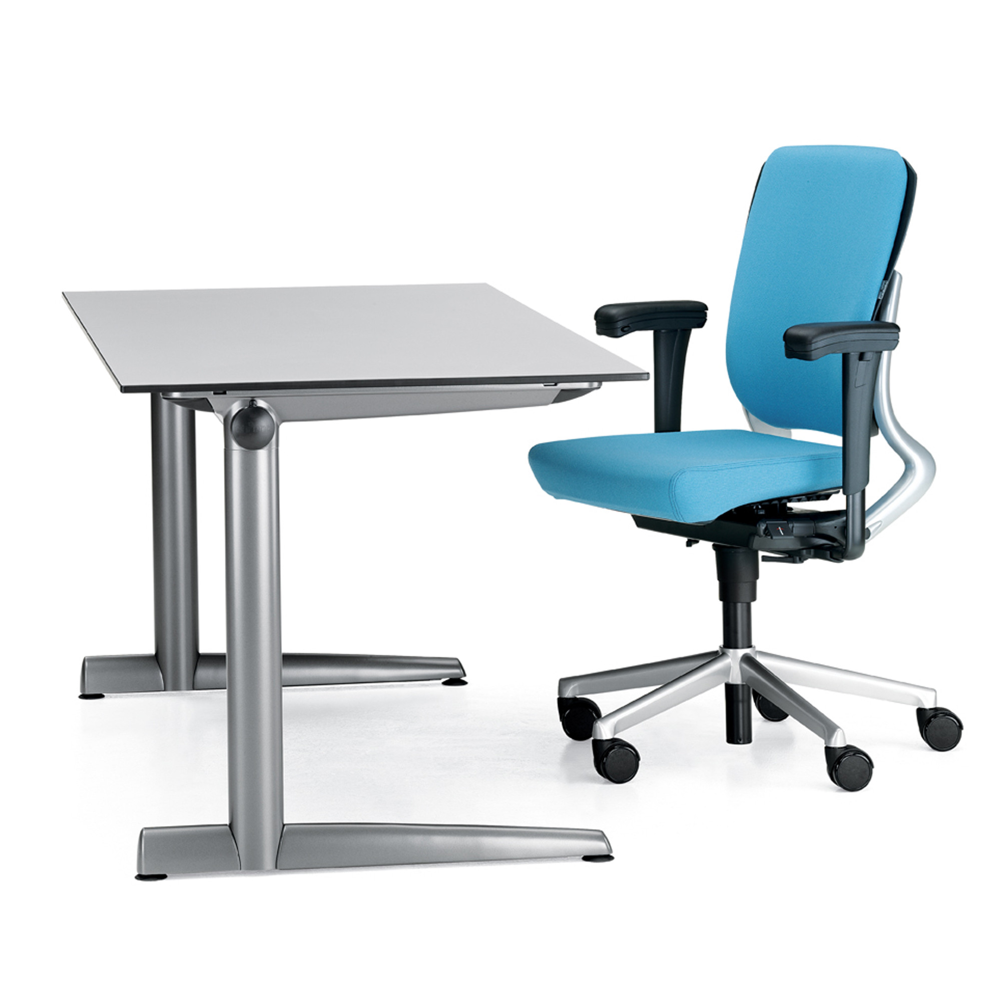 Ahrend 500 Work Desks