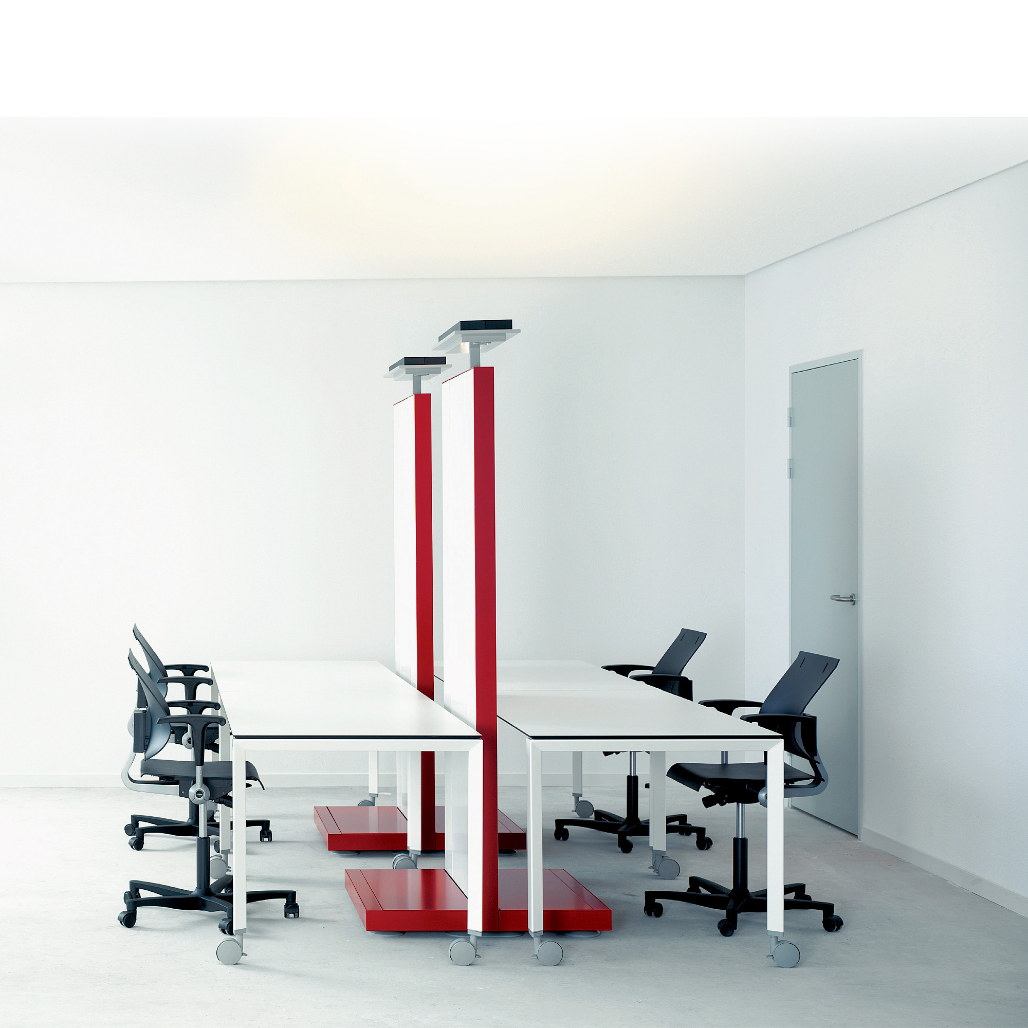 Ahrend 700 Office Desks Linked