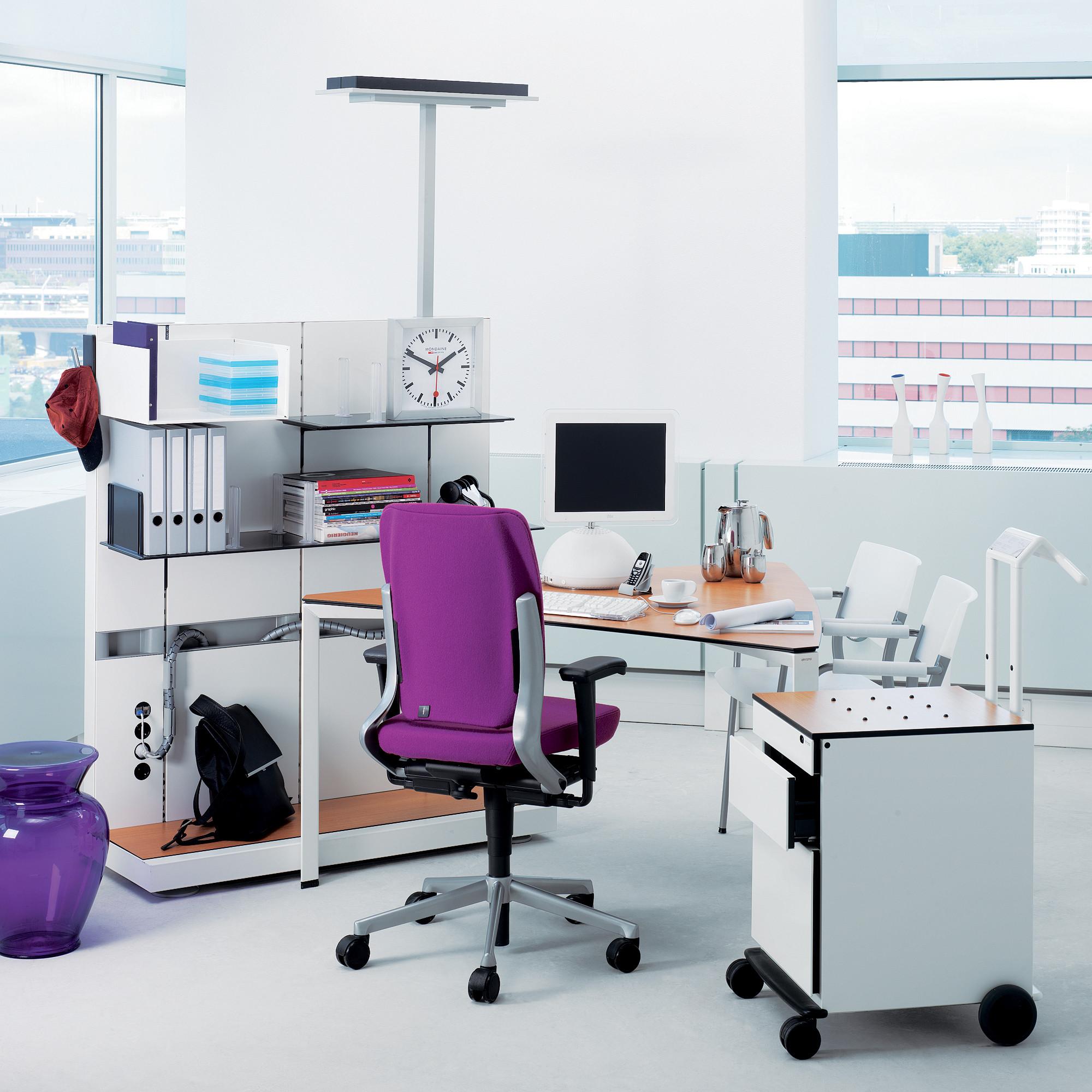 Ahrend 700 Desk