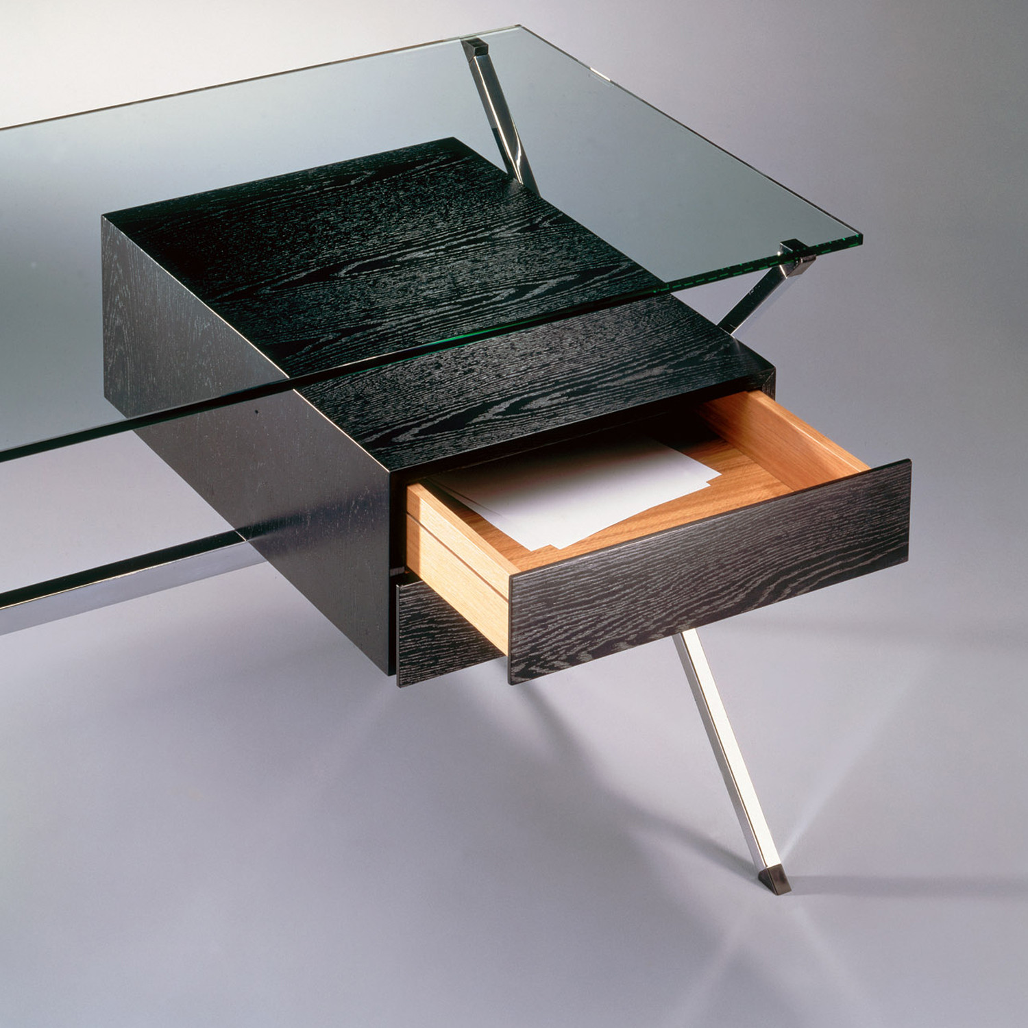 Albini Desk Detail