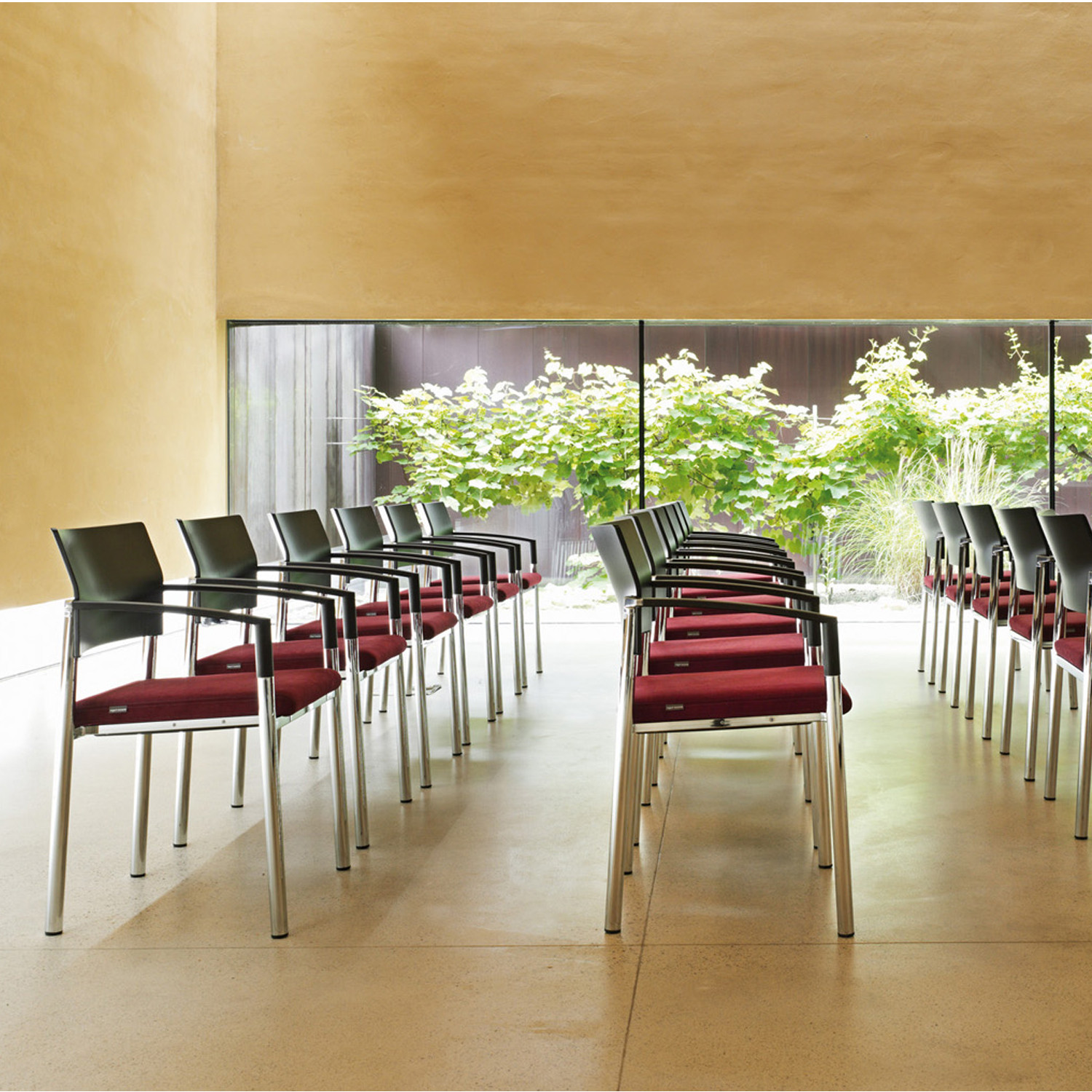Aluform Chair Rows