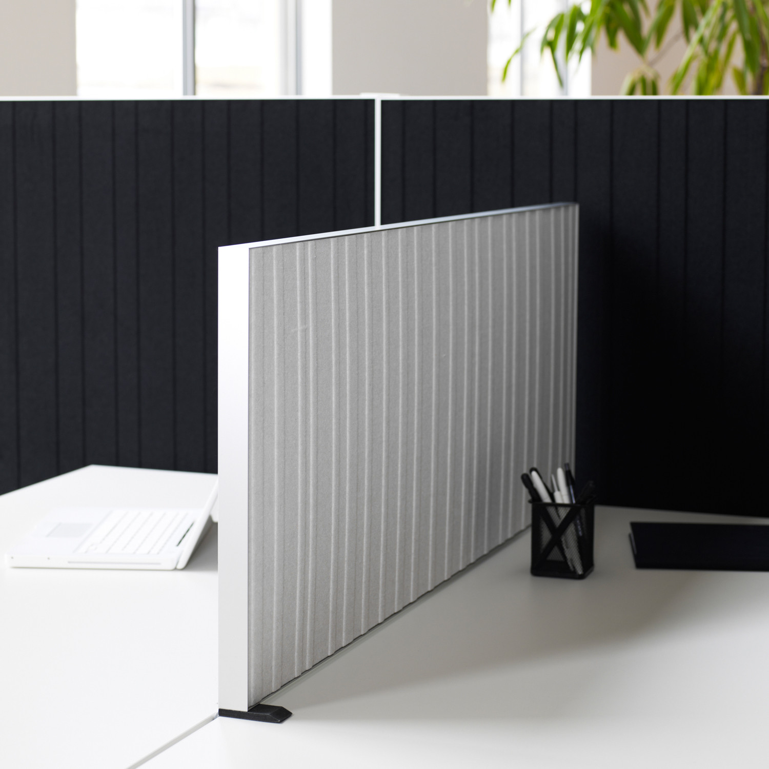 Alumi Desk Screen