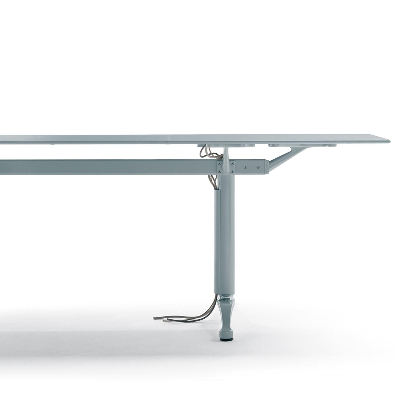 Artu Table Detail