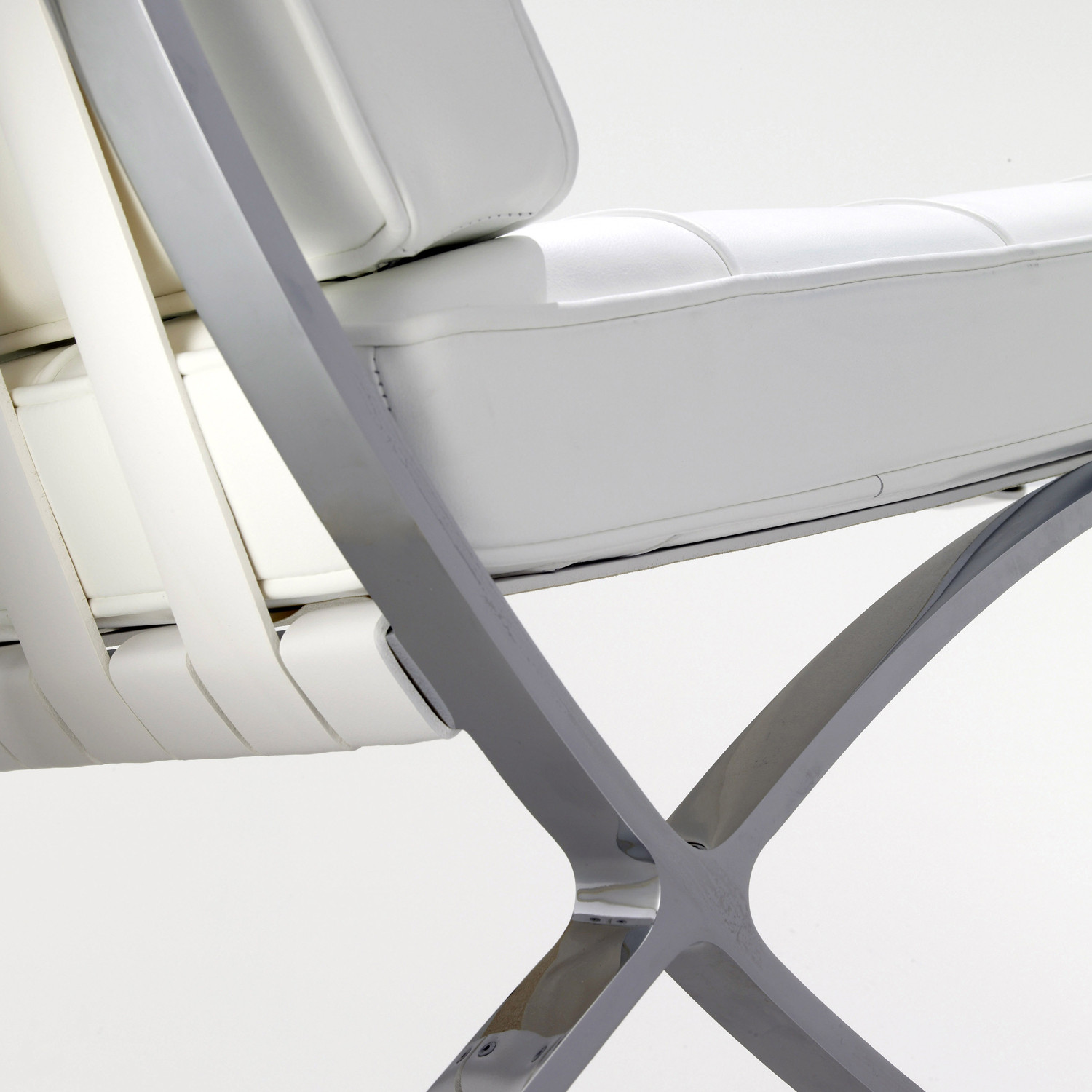 Barcelona Chair in Detail
