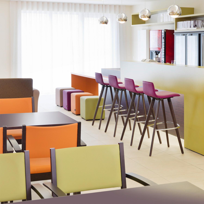 2180 Uni_Verso Barstools for Cafeterias