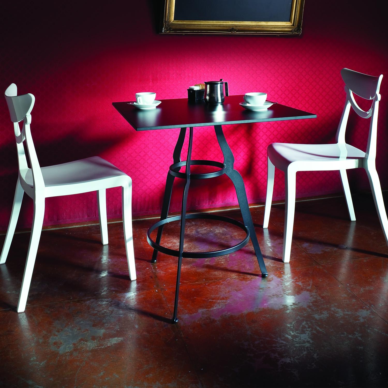 Bistro Restaurant Table