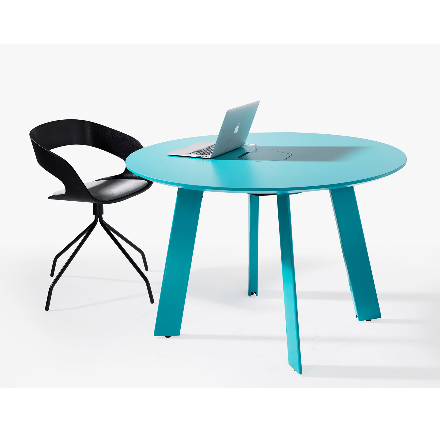 Blade Round Office Table