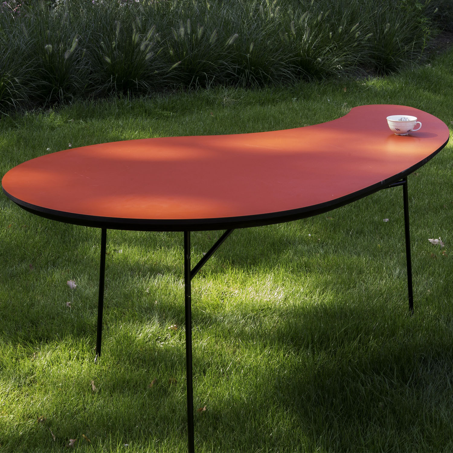 BuzziVirgule Outdoor Table from BuzziSpace
