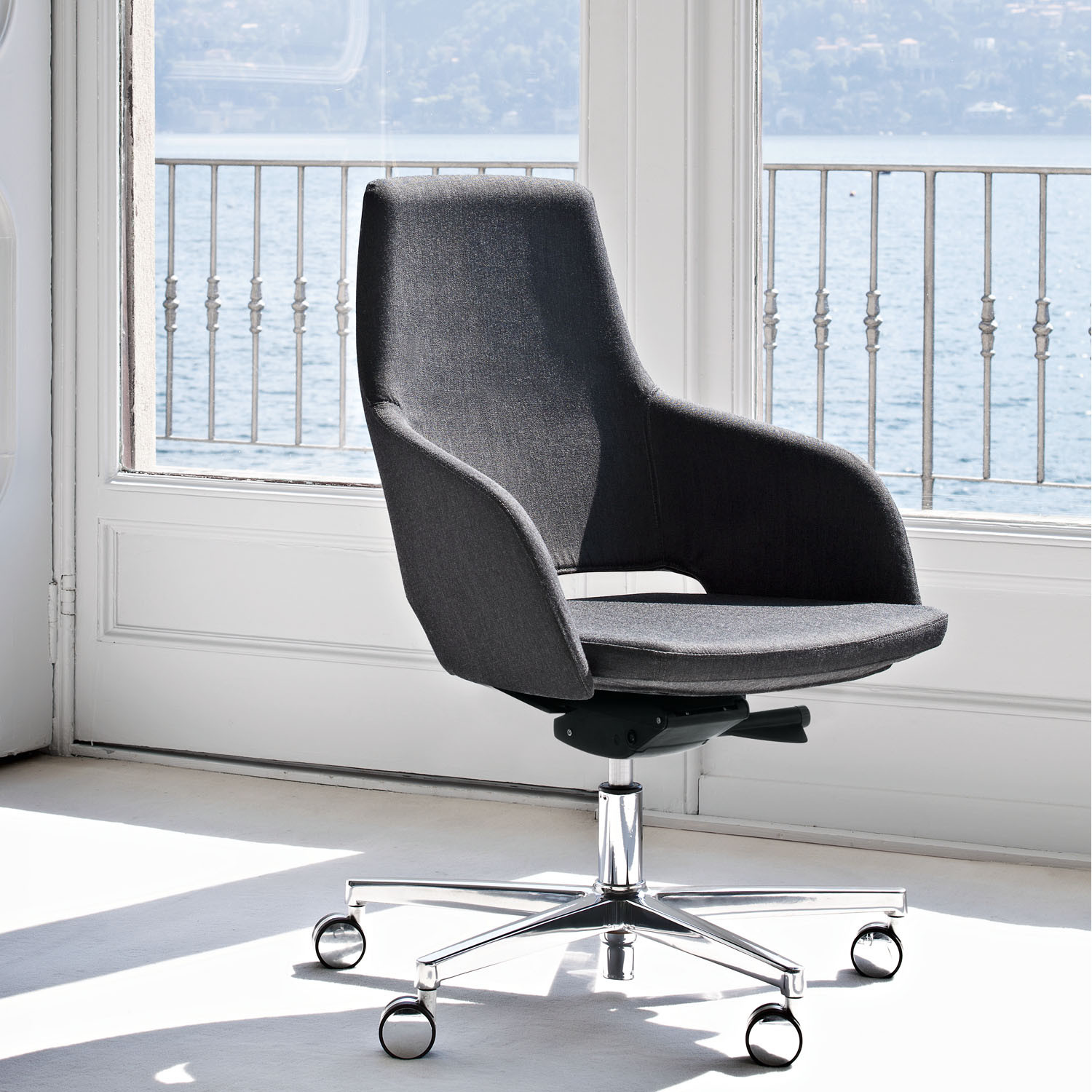 Sinetica Captain Design Office Swivel Chair
