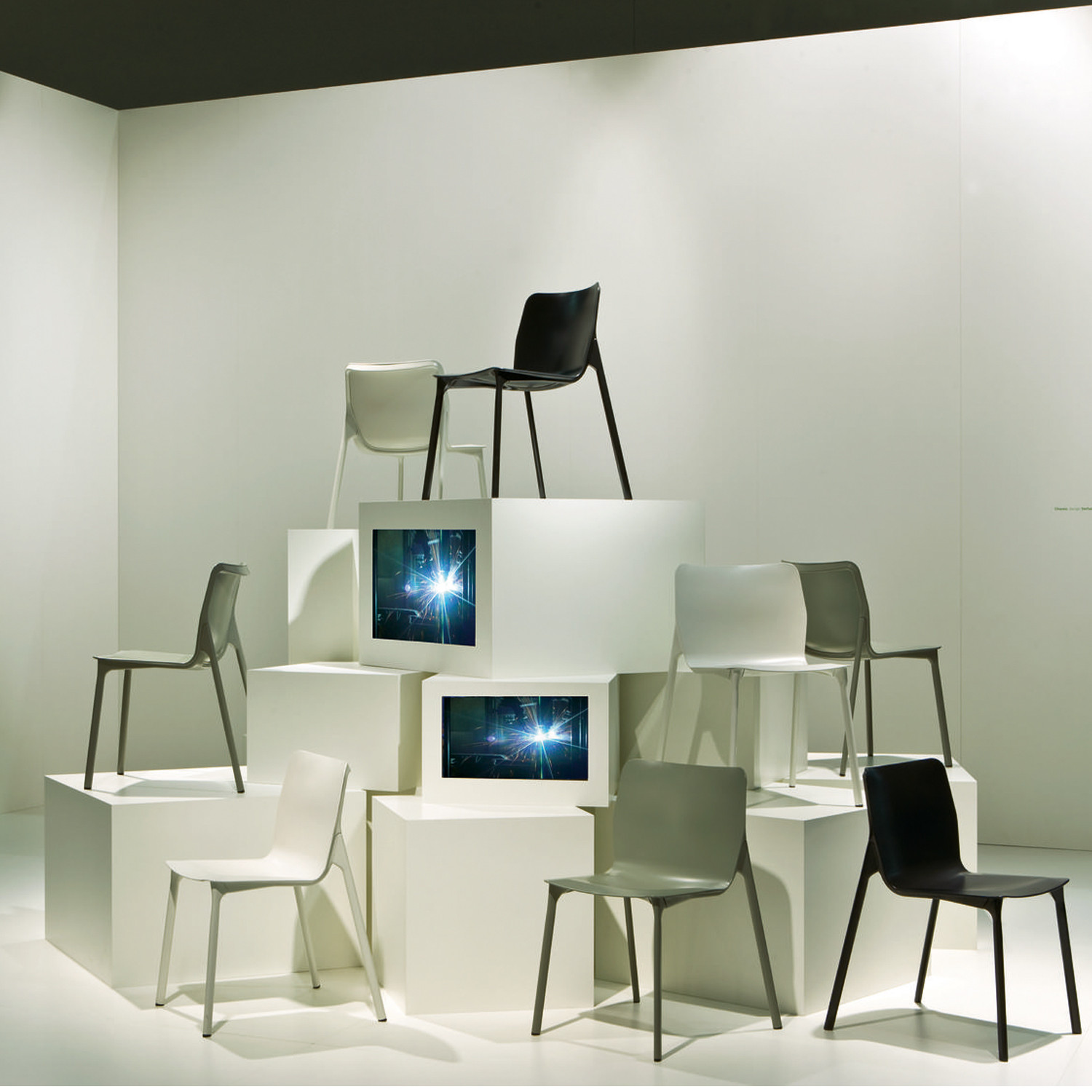 Chassis Chairs by Wilkhahn