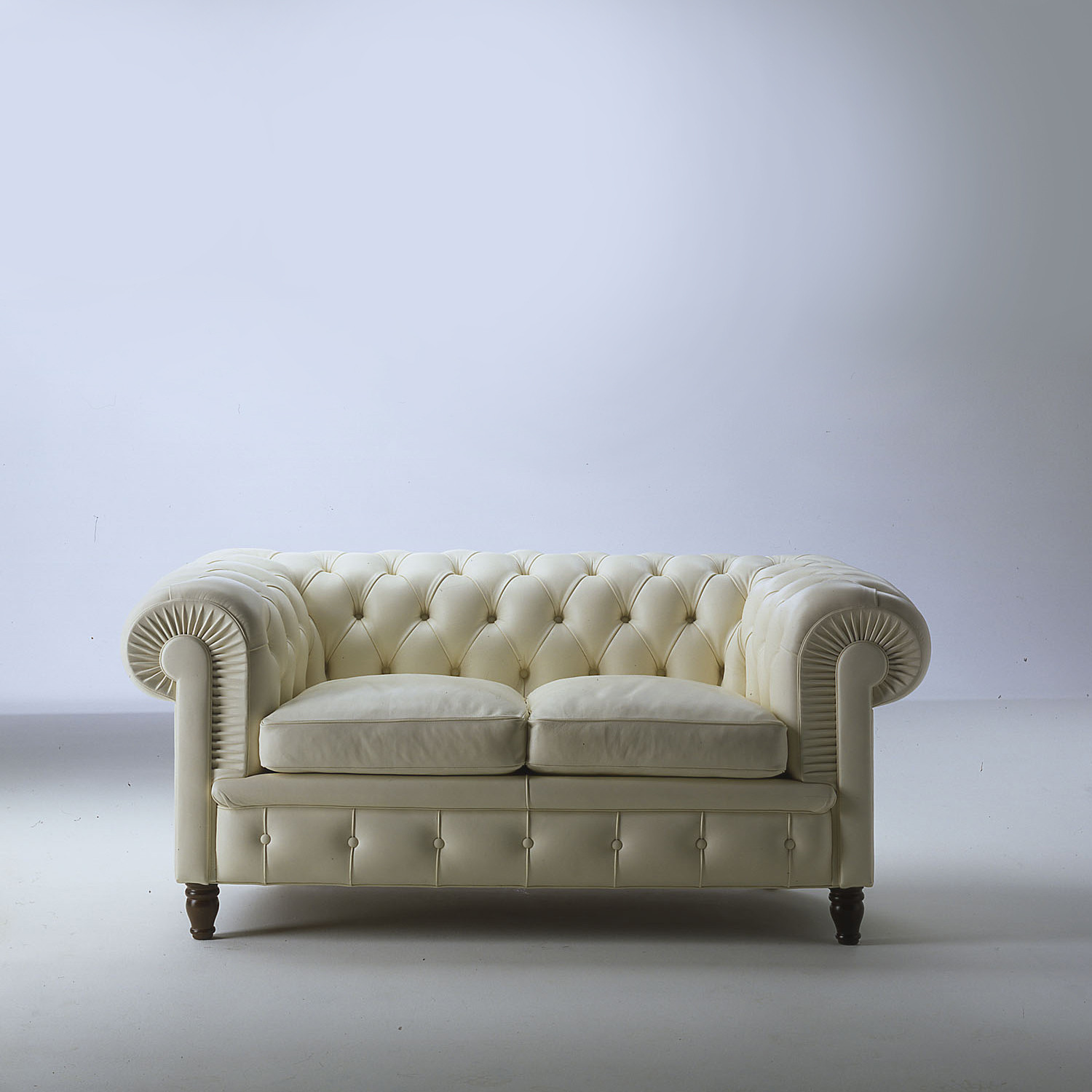 Chester Sofa in Traditional Leather