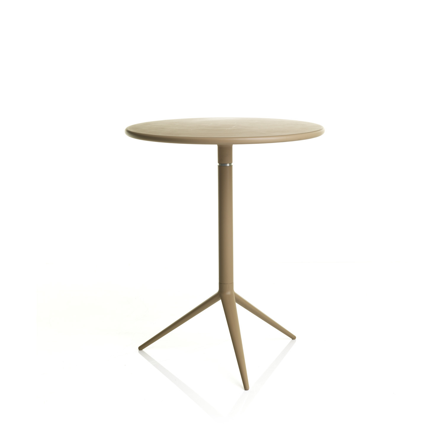 Ciak Tables from Apres