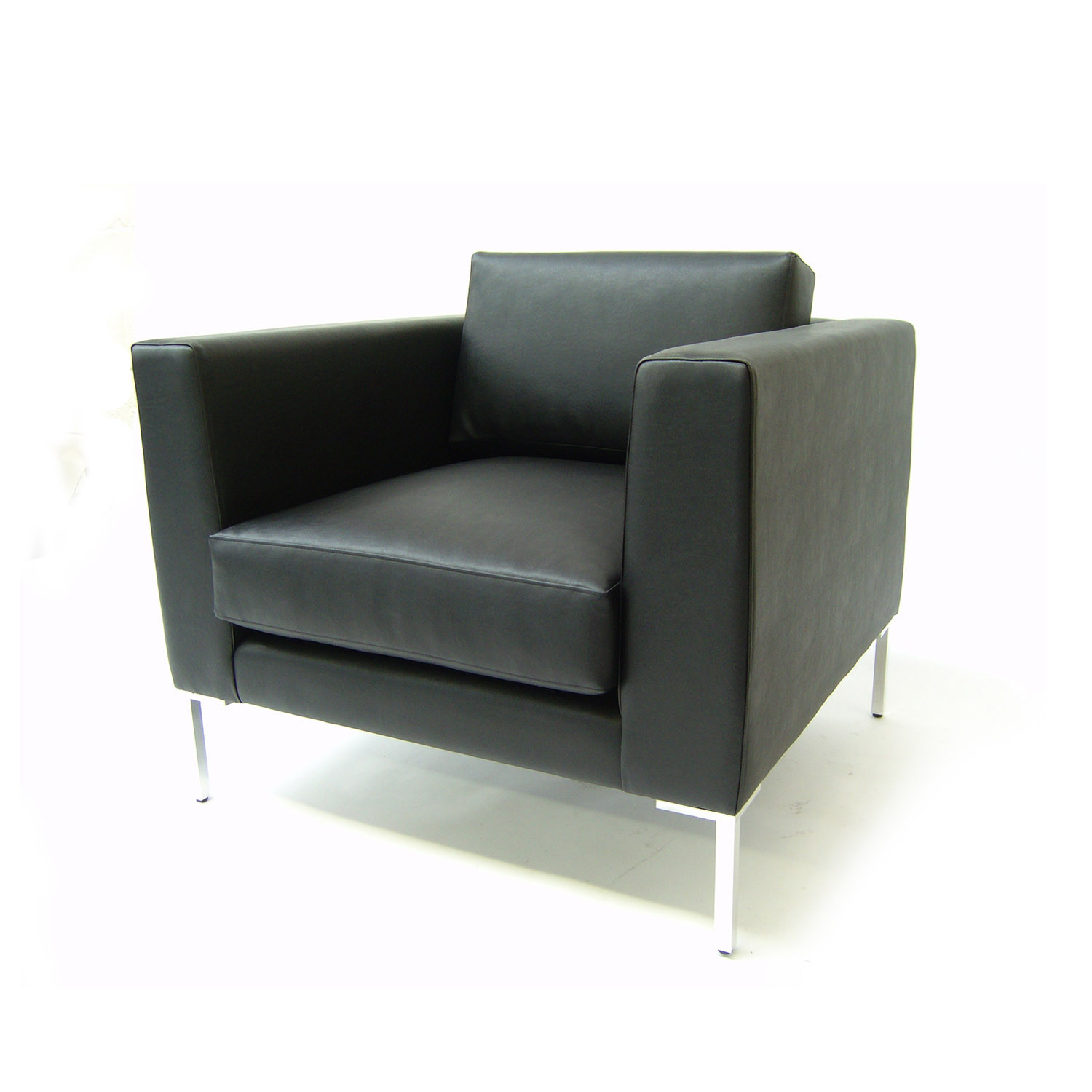 Clarence Lounge Armchair