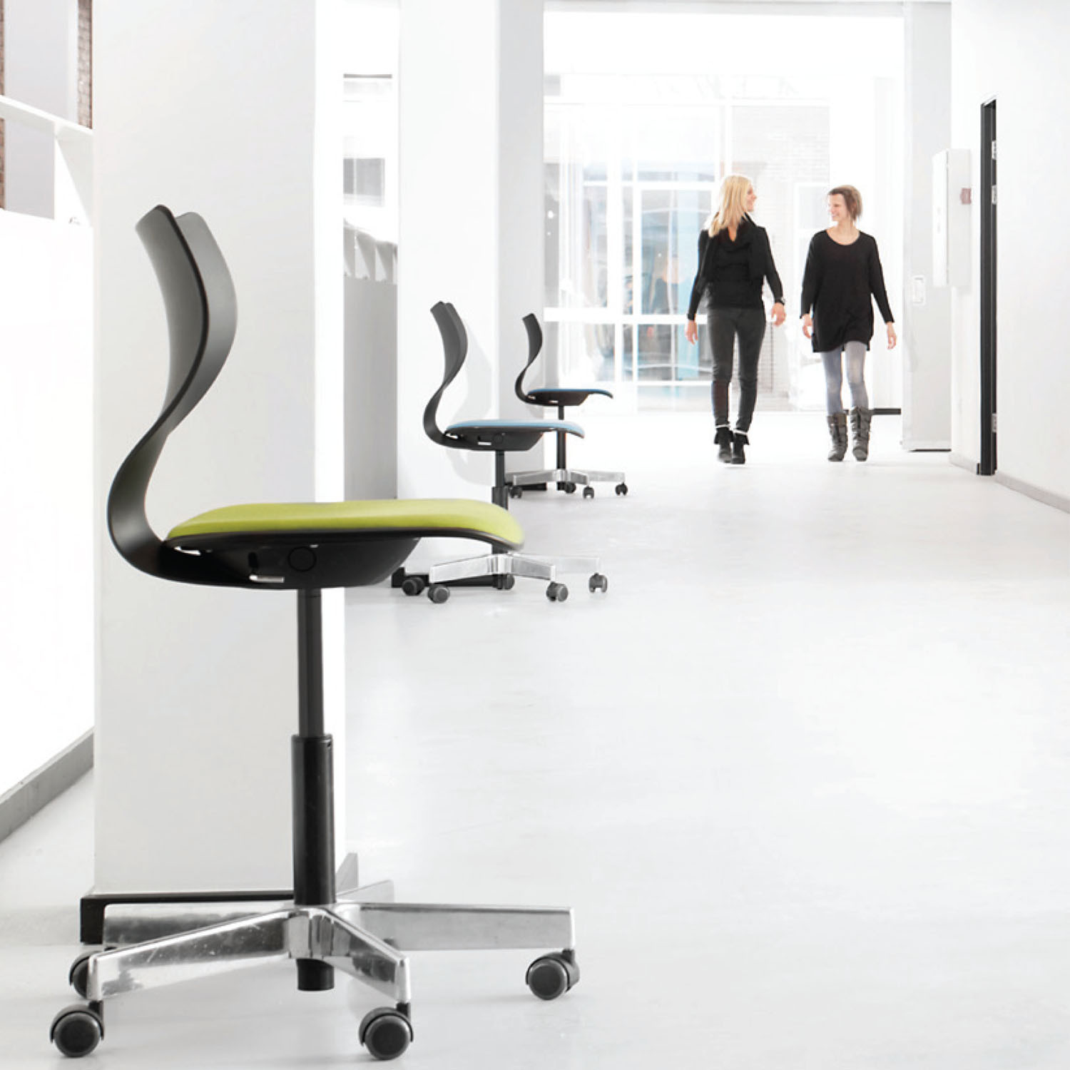 Cobra Office Swivel Chair