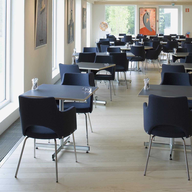 Cortina Visitors Chairs