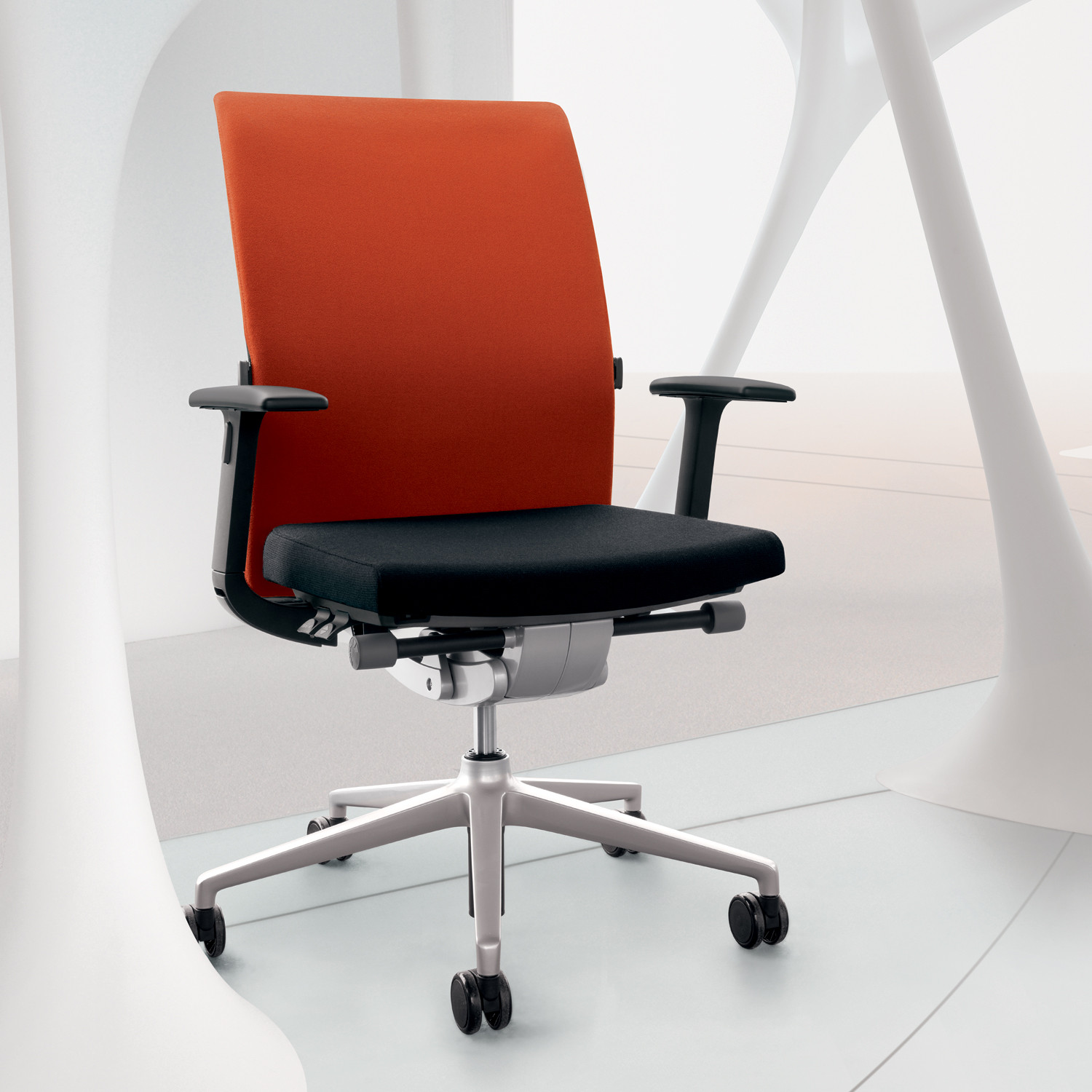 Seduis Crossline Task Chair