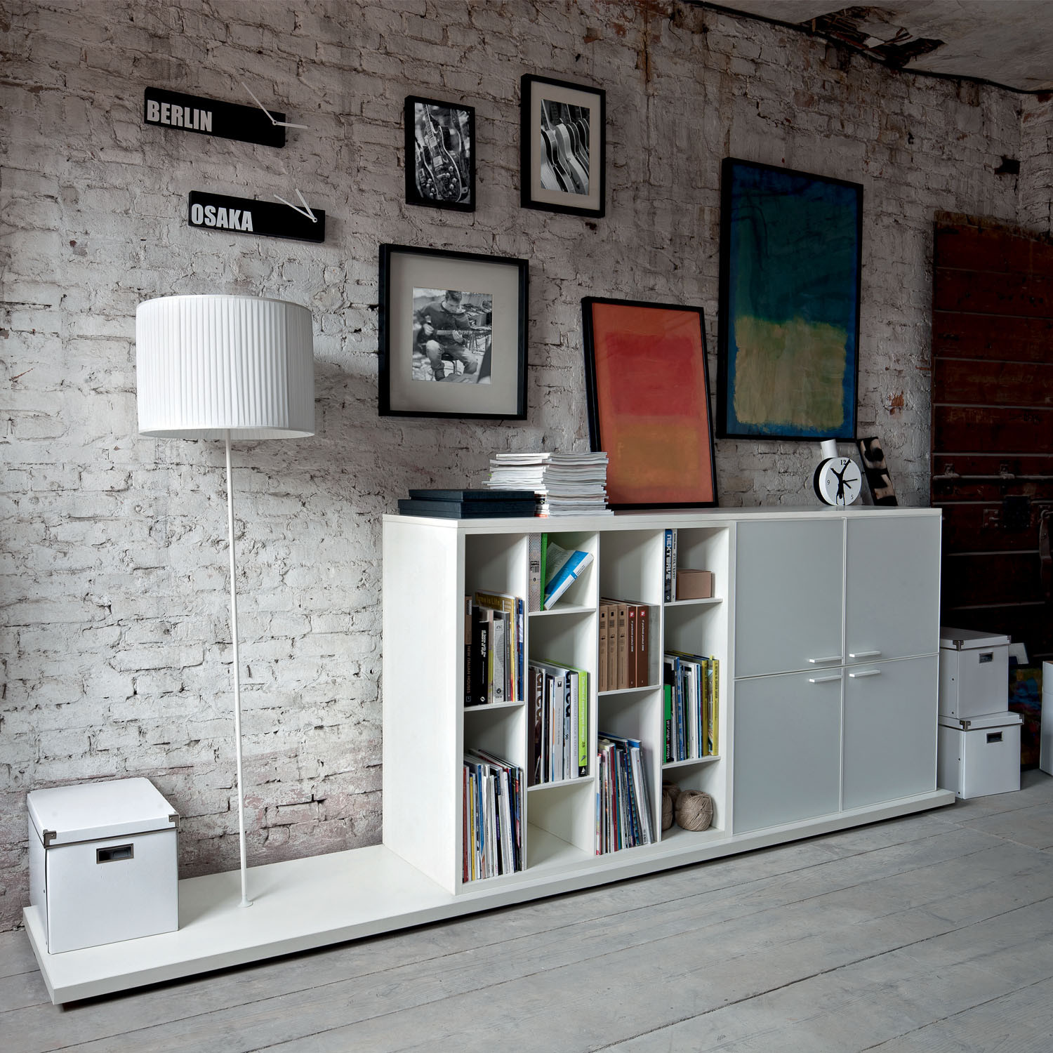 Dado Open Display Storage by Sinetica