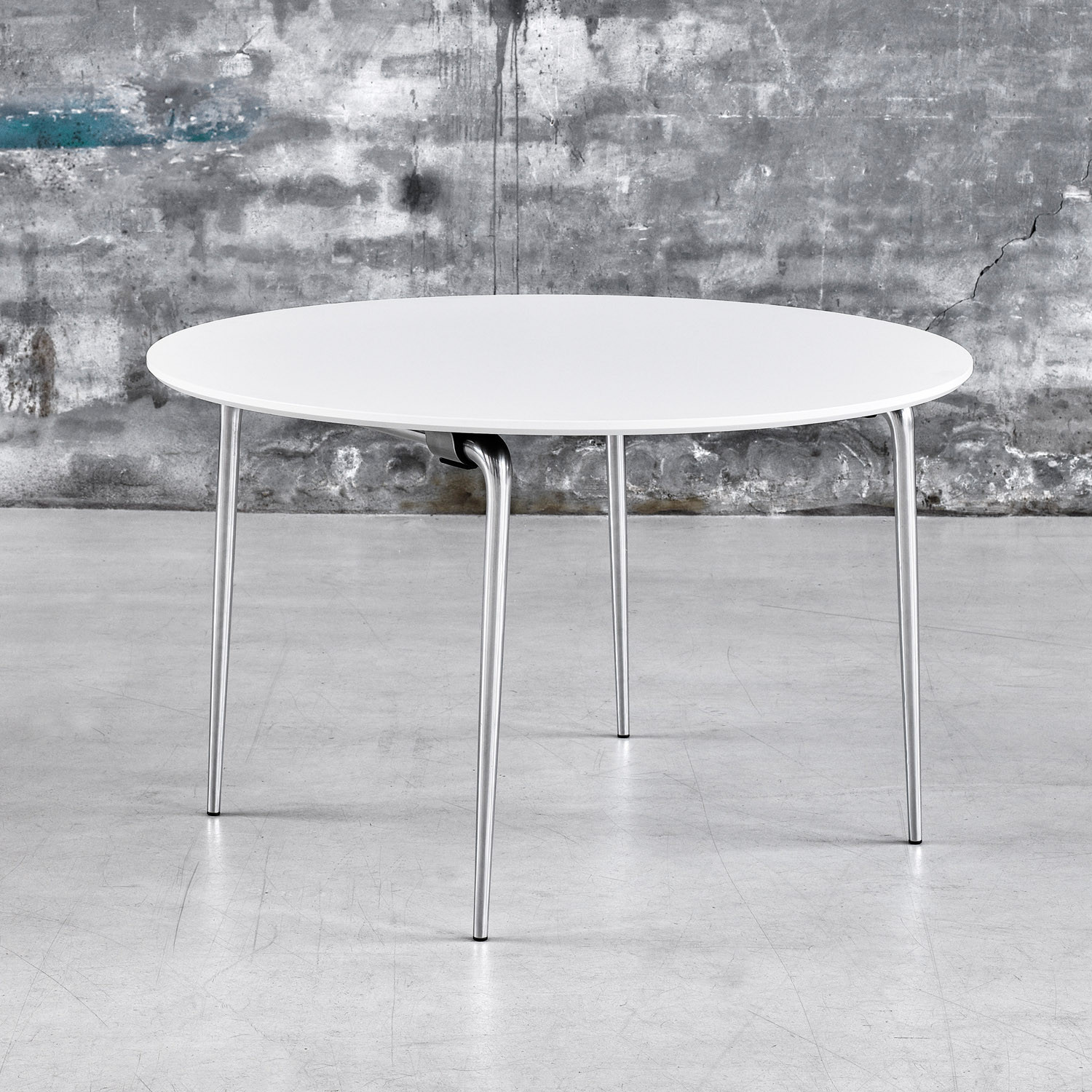 Circular Day Folding Table