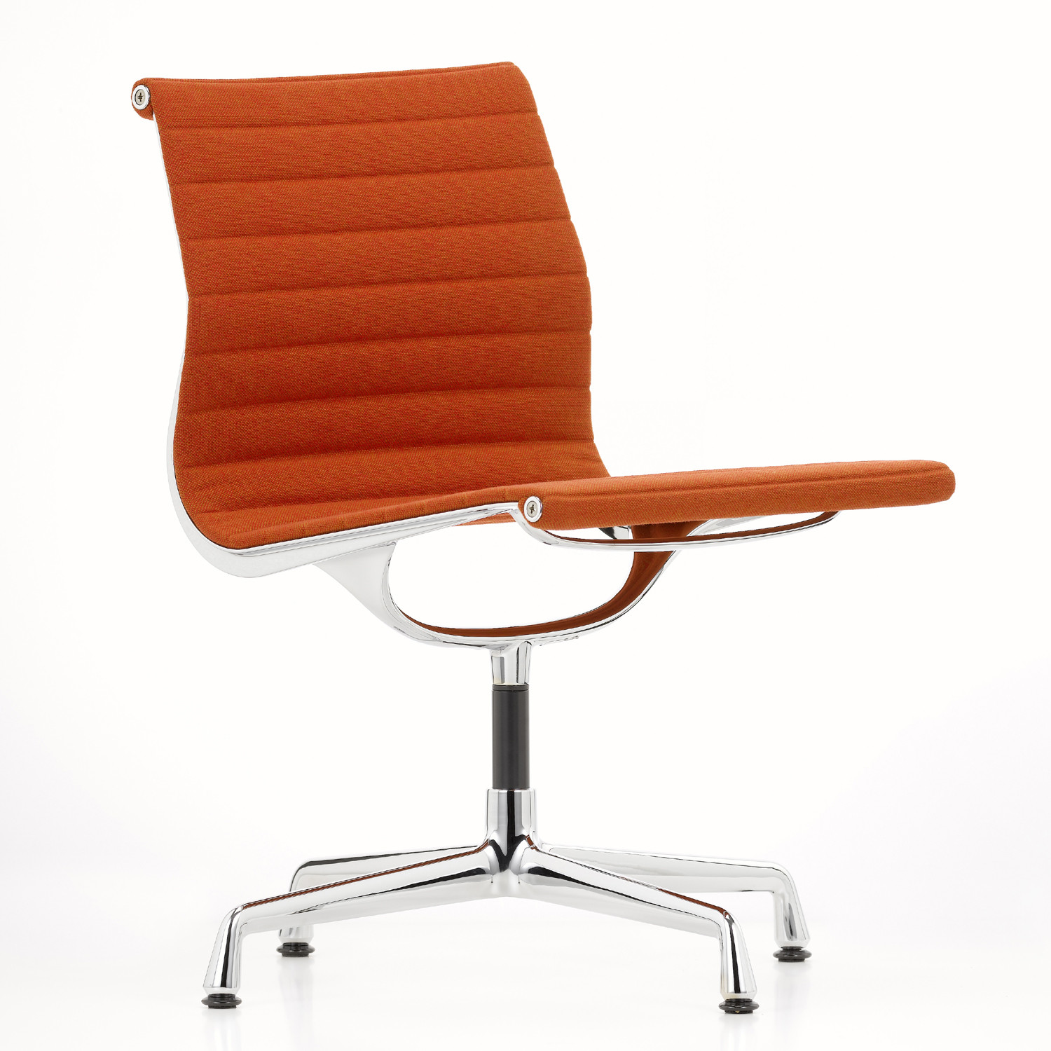 Eames Aluminium Group Chair EA 105