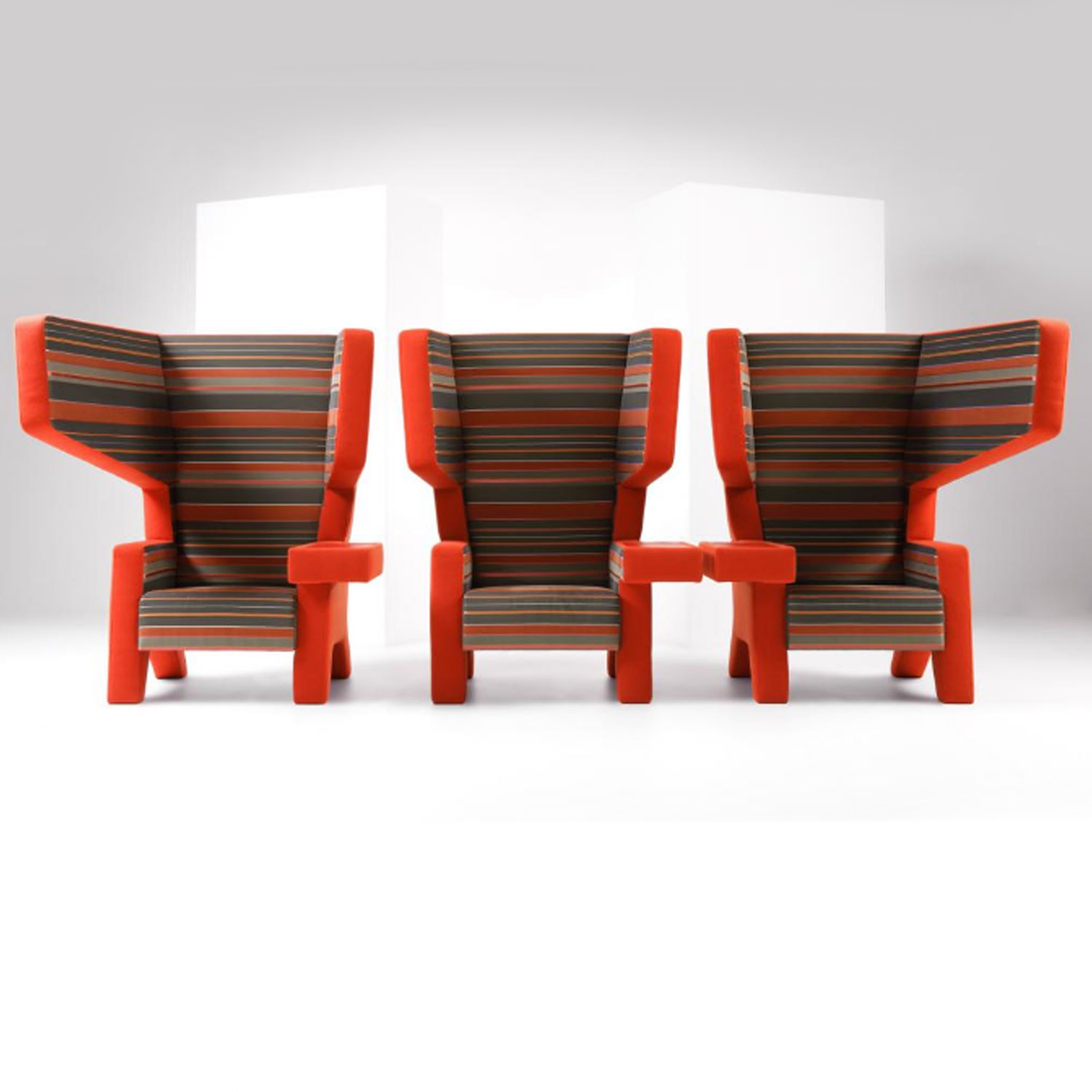 #001 Earchair Armchairs