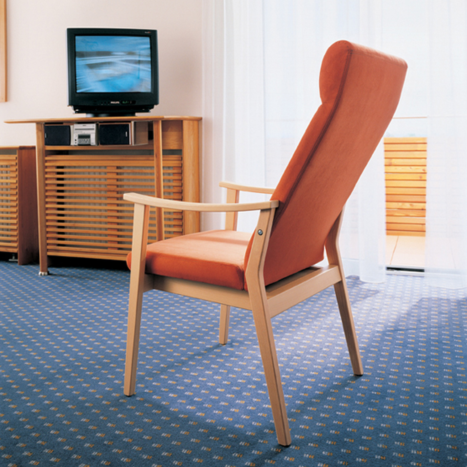 Edward Chair by Martin Ballendat