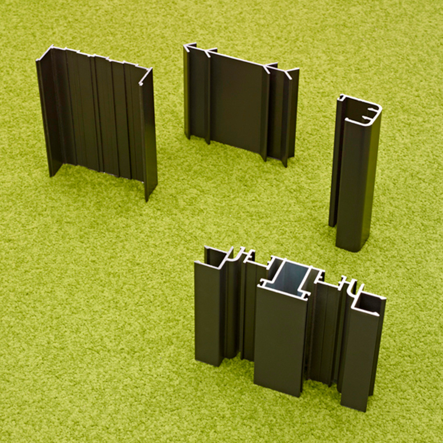 Elite Partitioning Frame Profiles