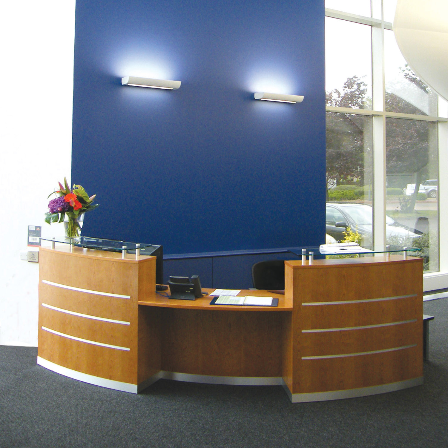 Evolution Eclypse Curved Receptionist Desk