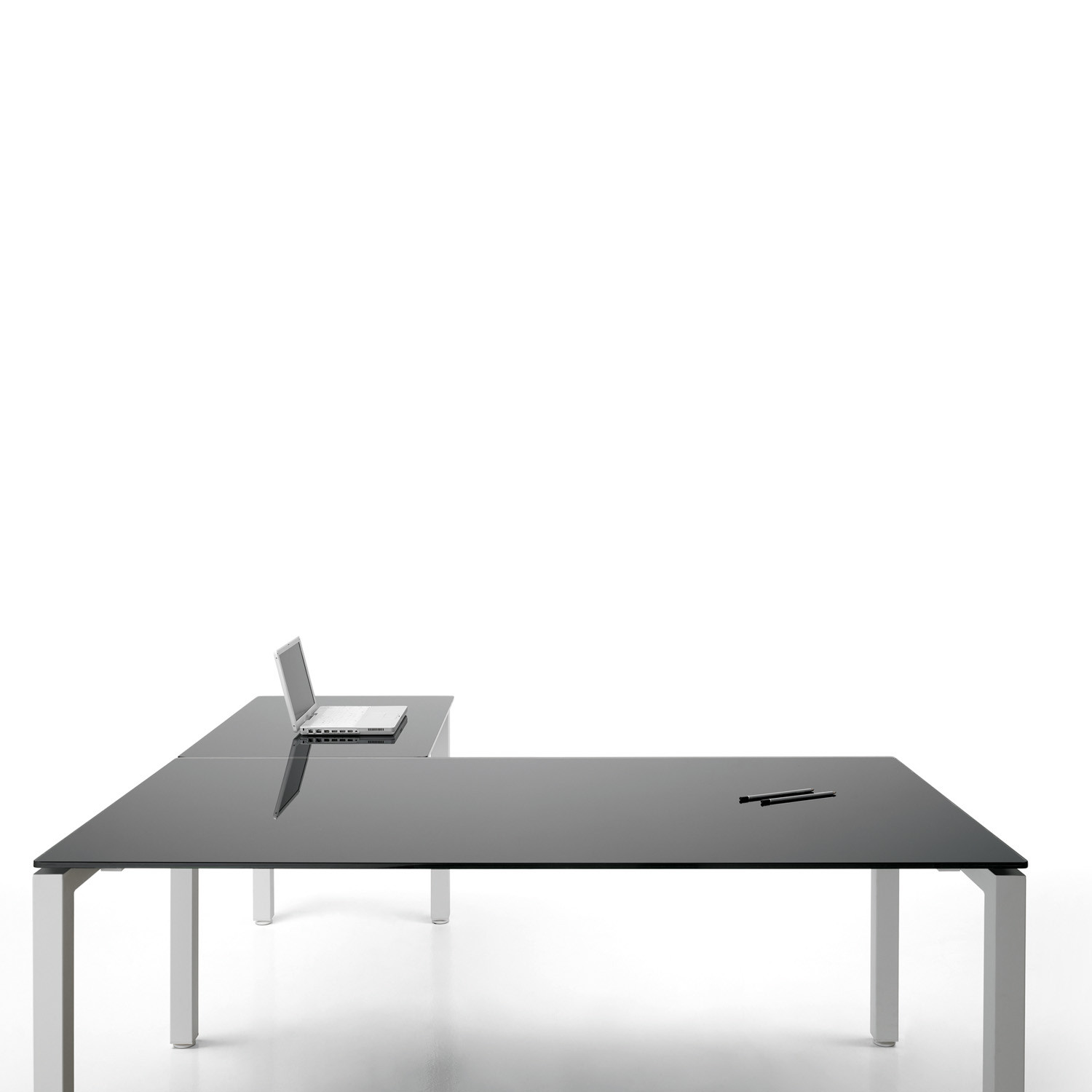 F25 Office Desk