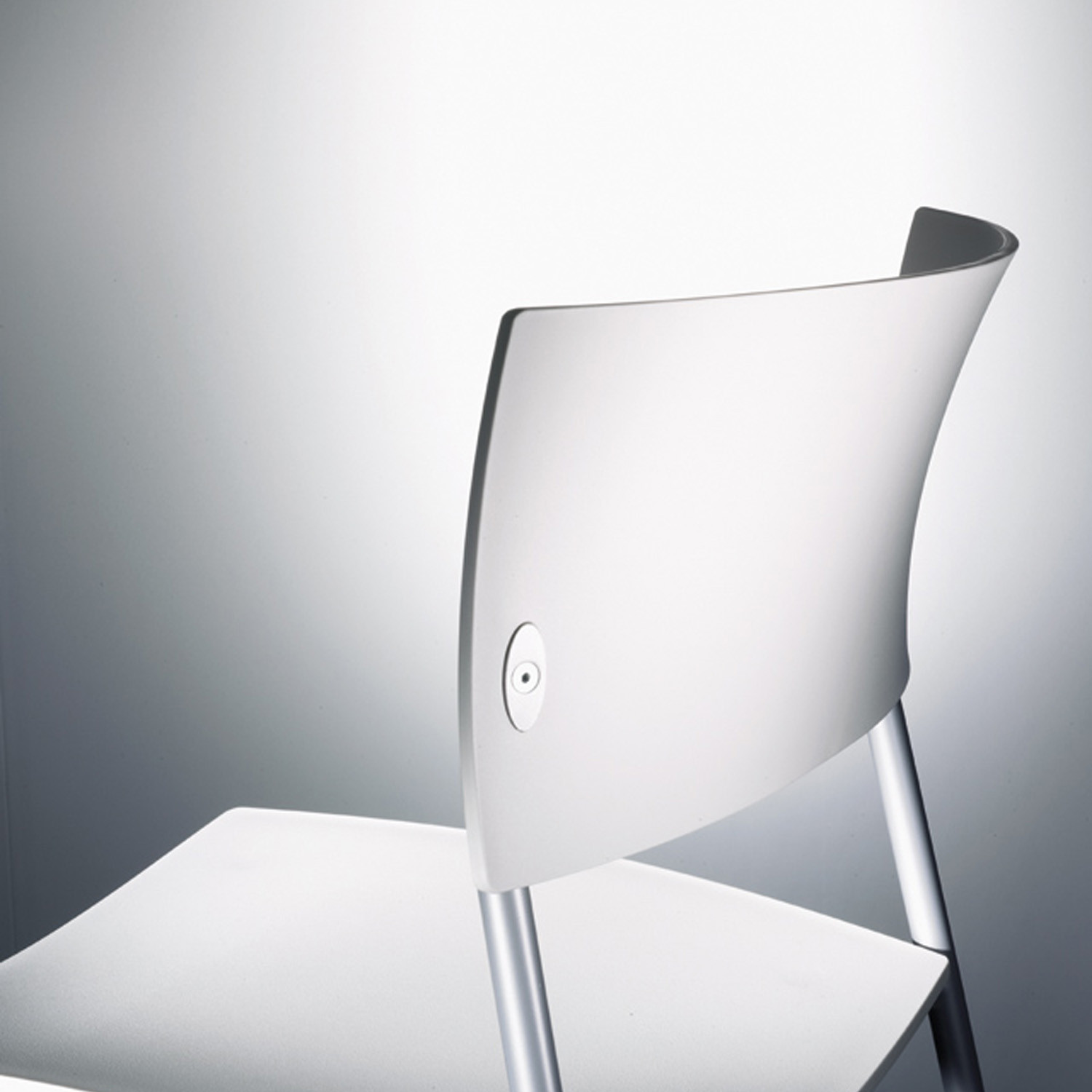 Chat Chair by Wiesner Hager