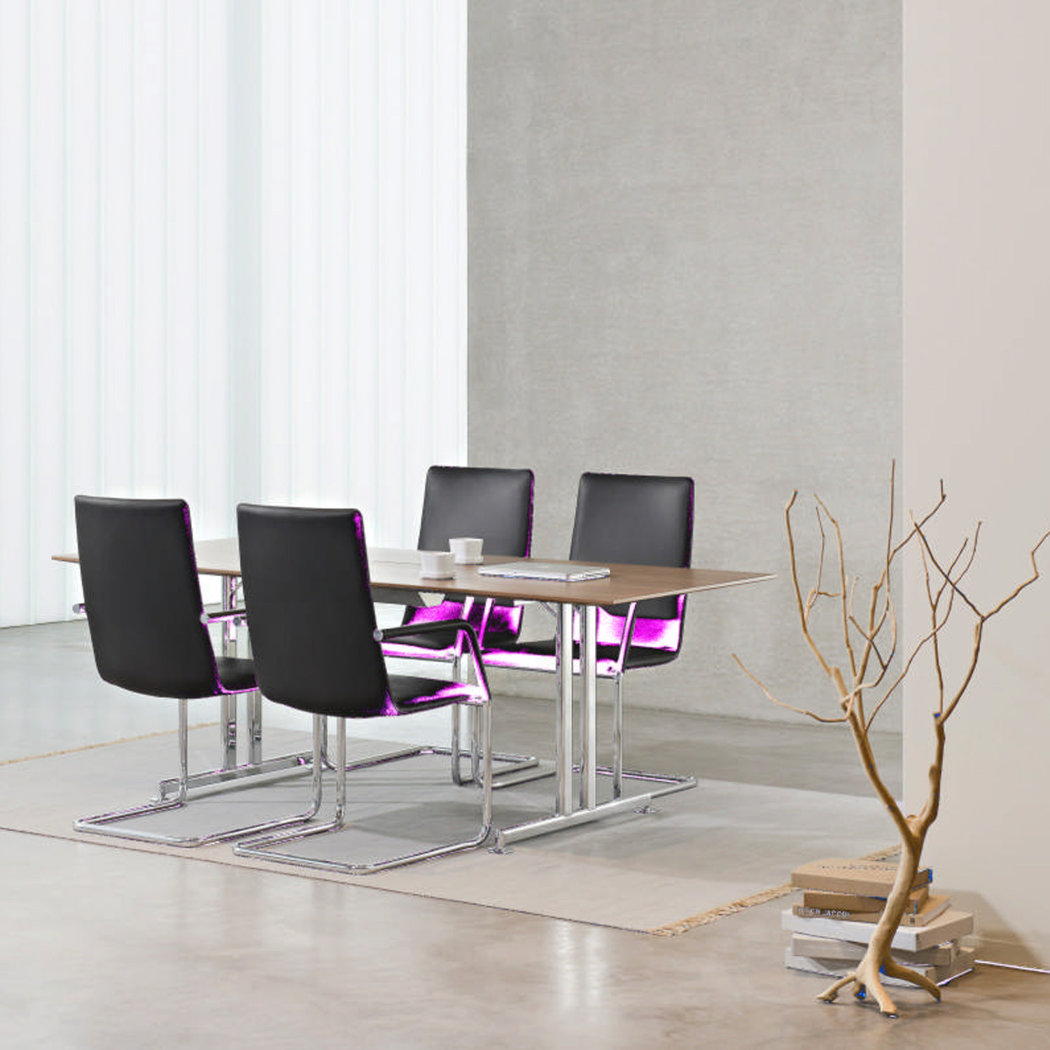 FinaSoft Conference Cantilever Chairs