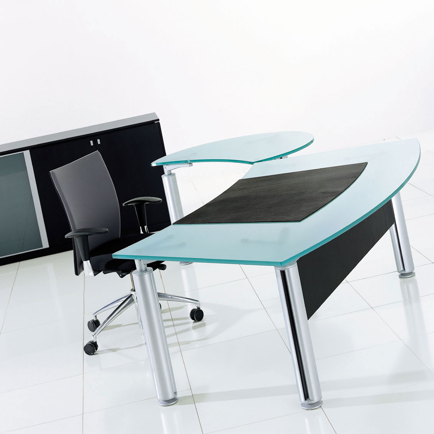 Forma Kristall Glass  Desk