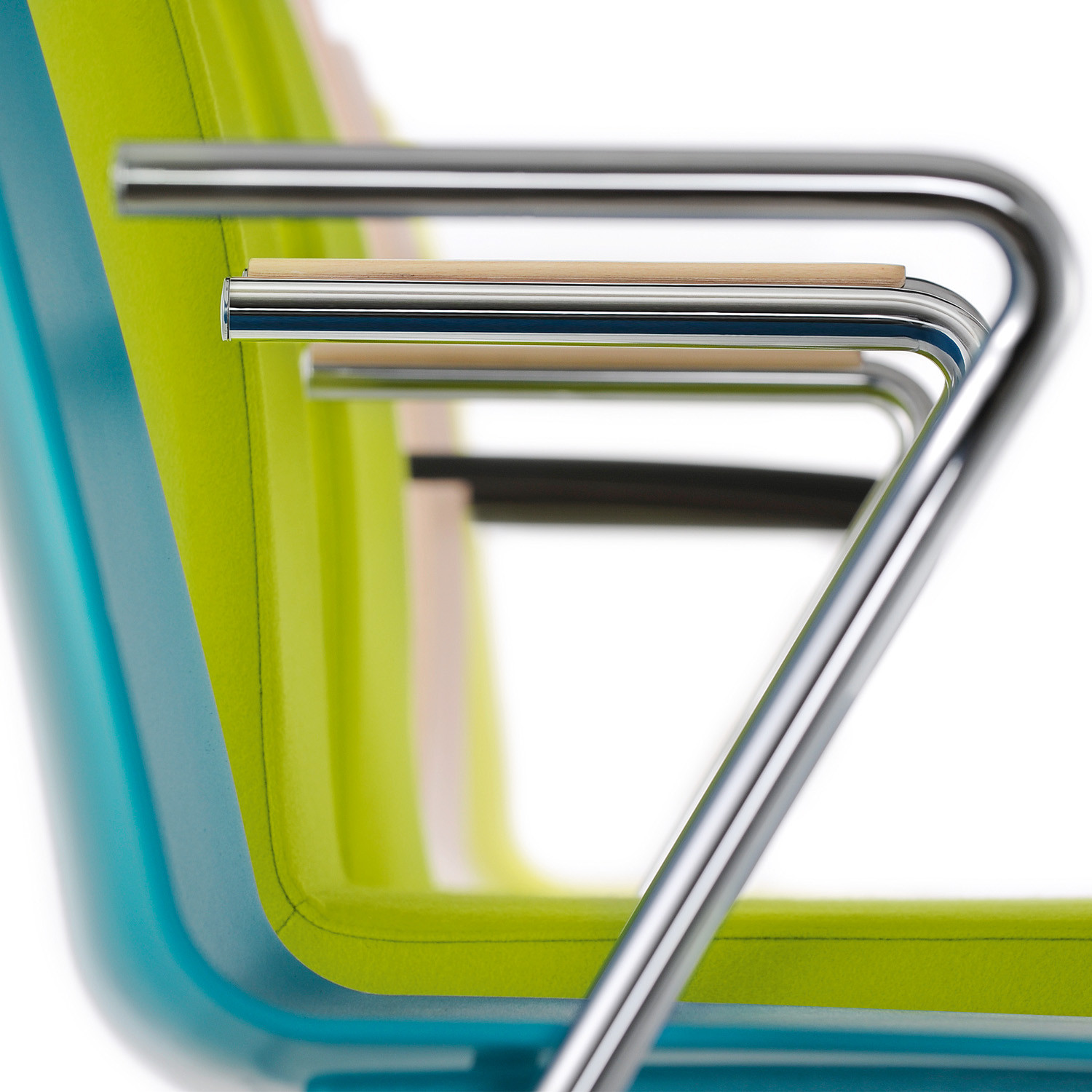 Tool 2 Chairs are available in a wide range of armrest finishes