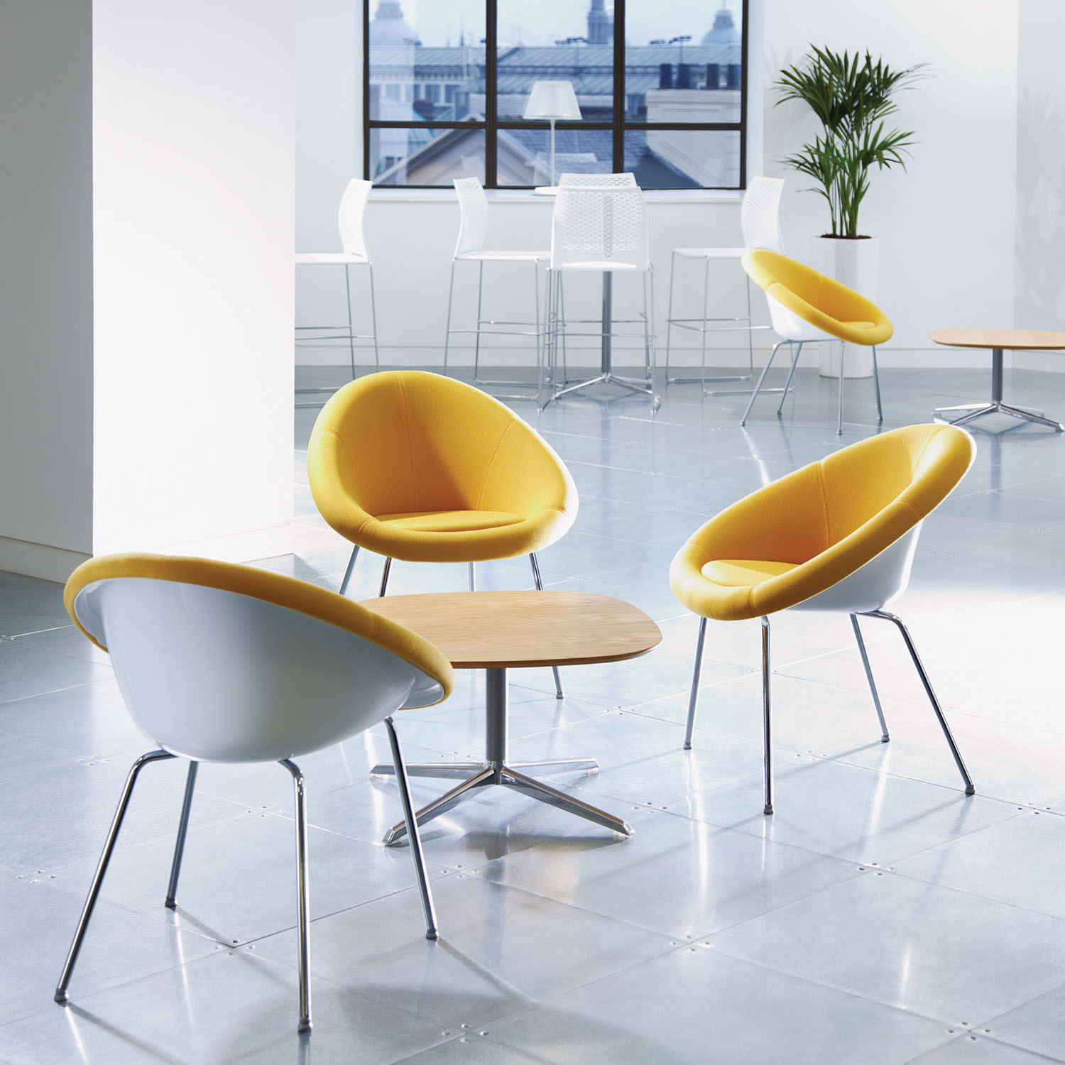 Gloss Breakout Seating by Connection