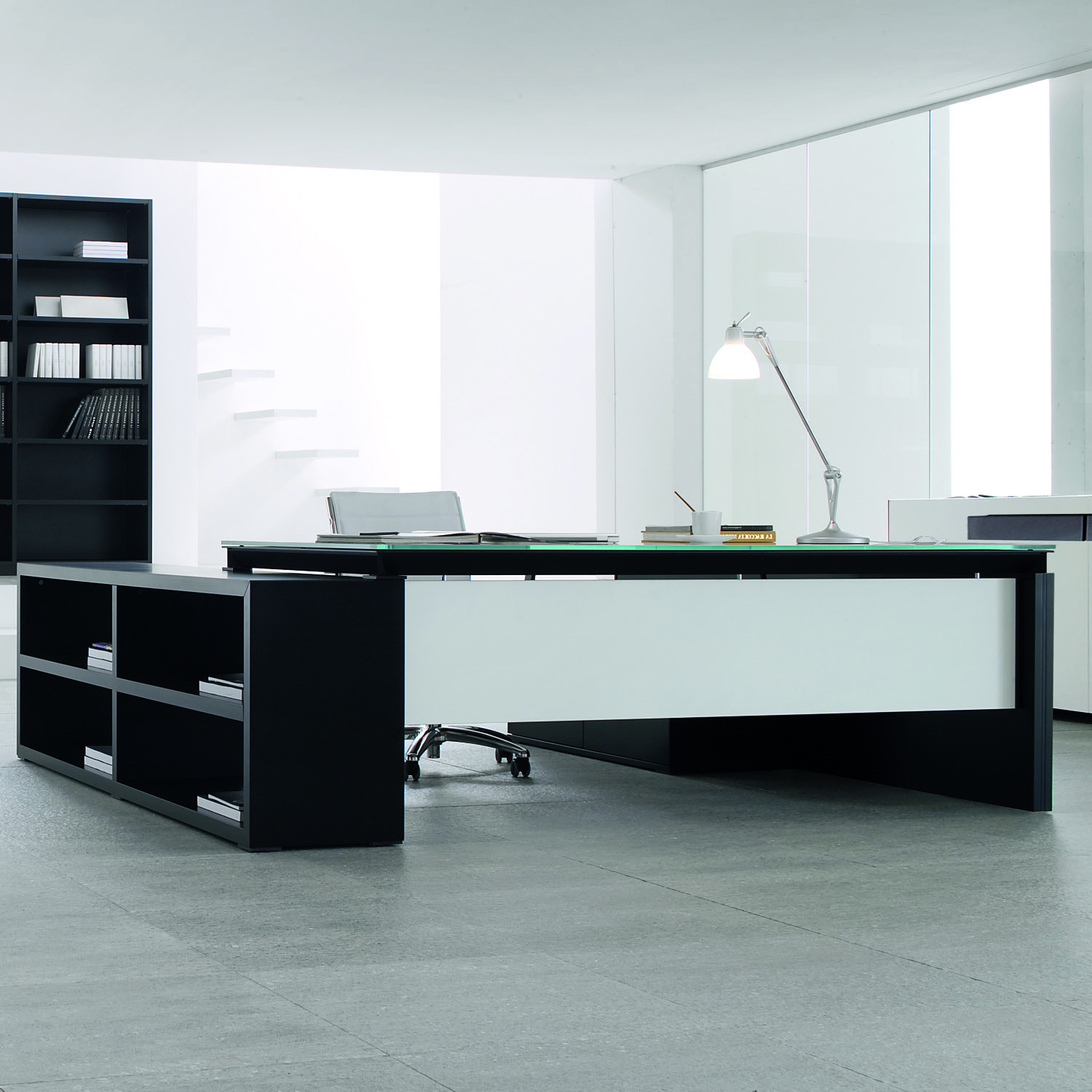 Han Executive Designer Desk