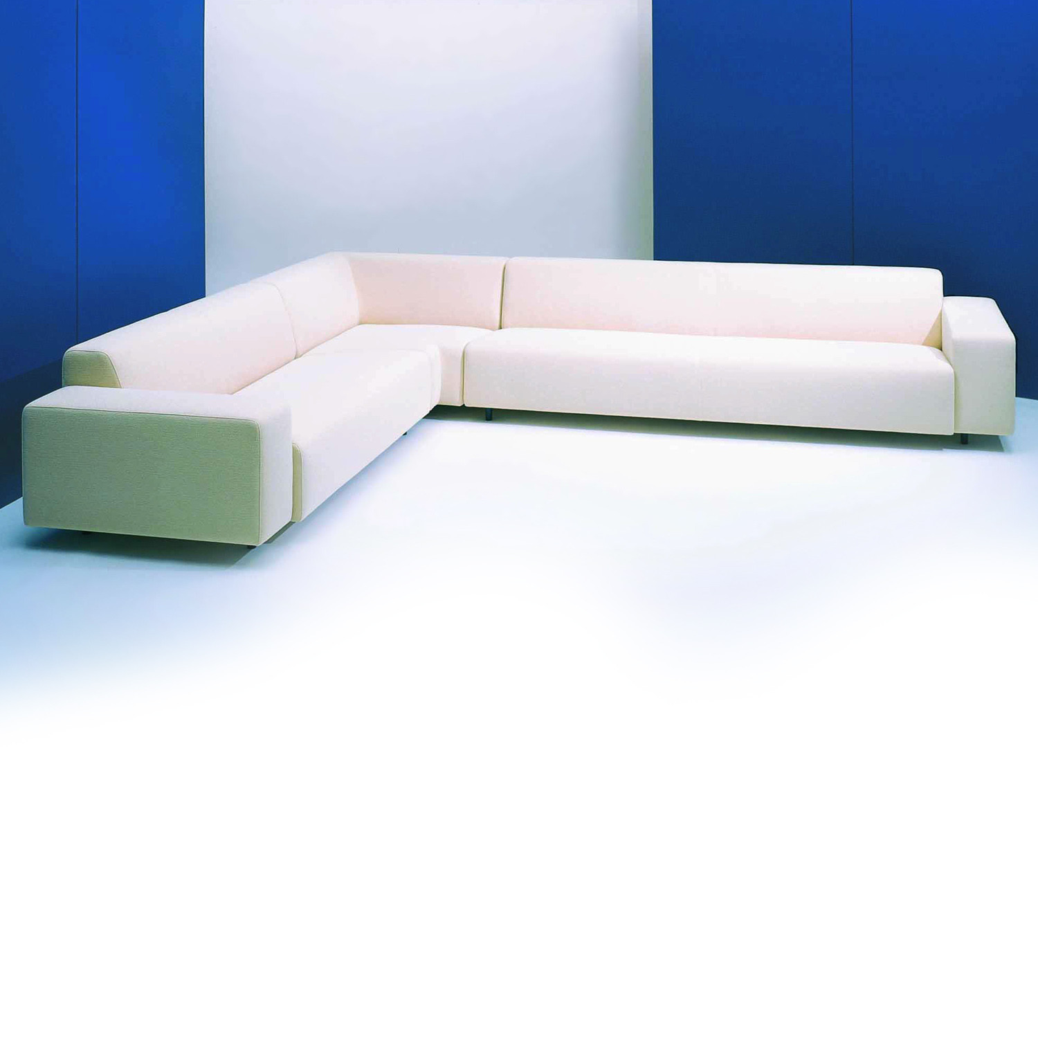 HM17 Upholstered Modular Seating