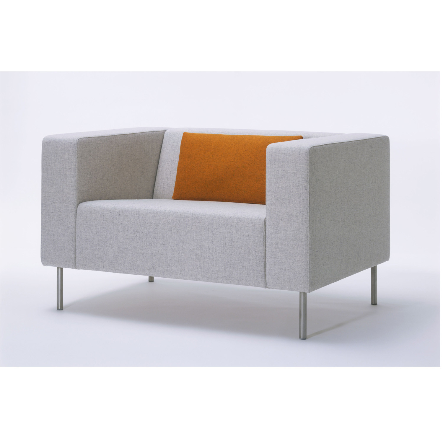 HM18e Upholstered Armchair
