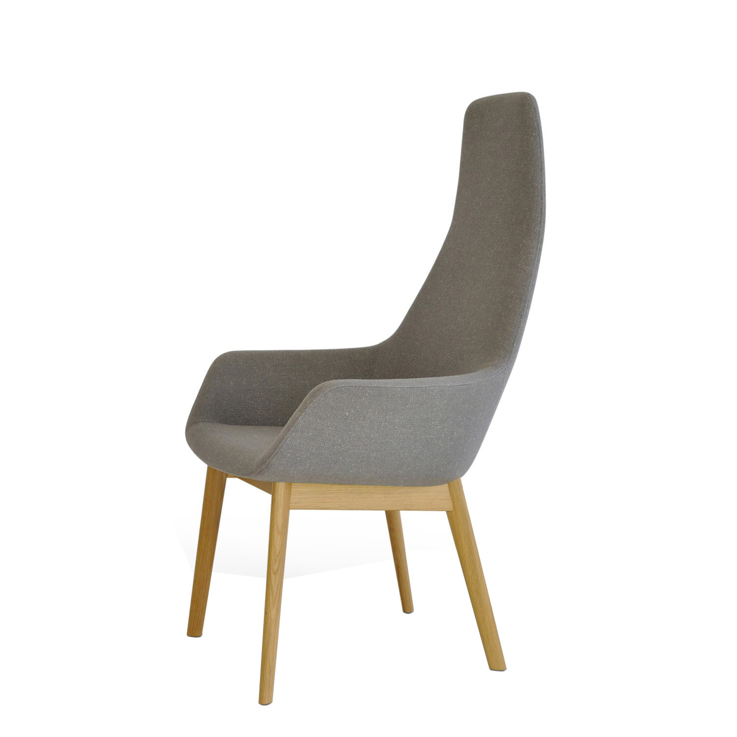 Hm86 Lounge Armchair with Wooden Legs