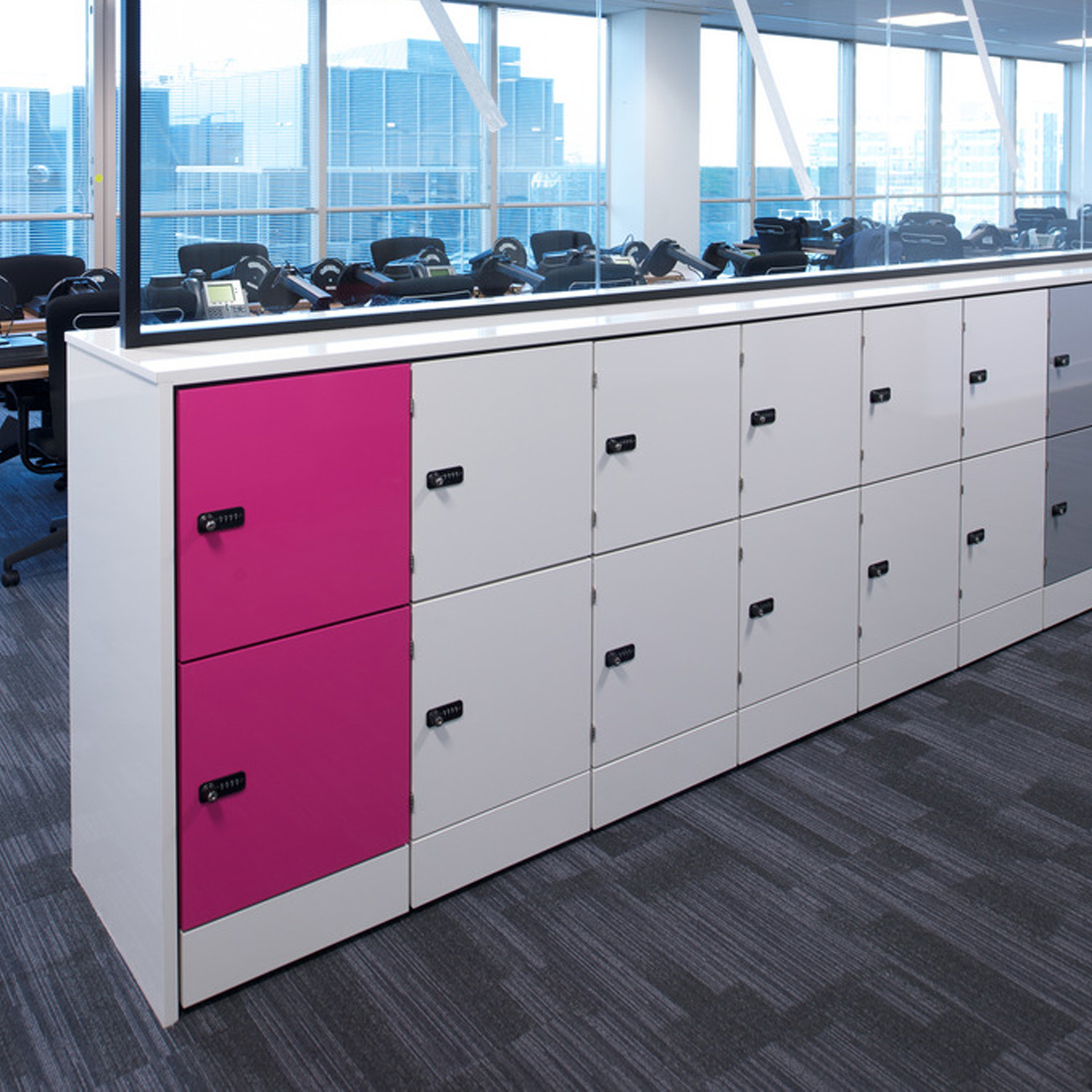 Hotlocker personal storage office lockers apres furniture for Designer lockers