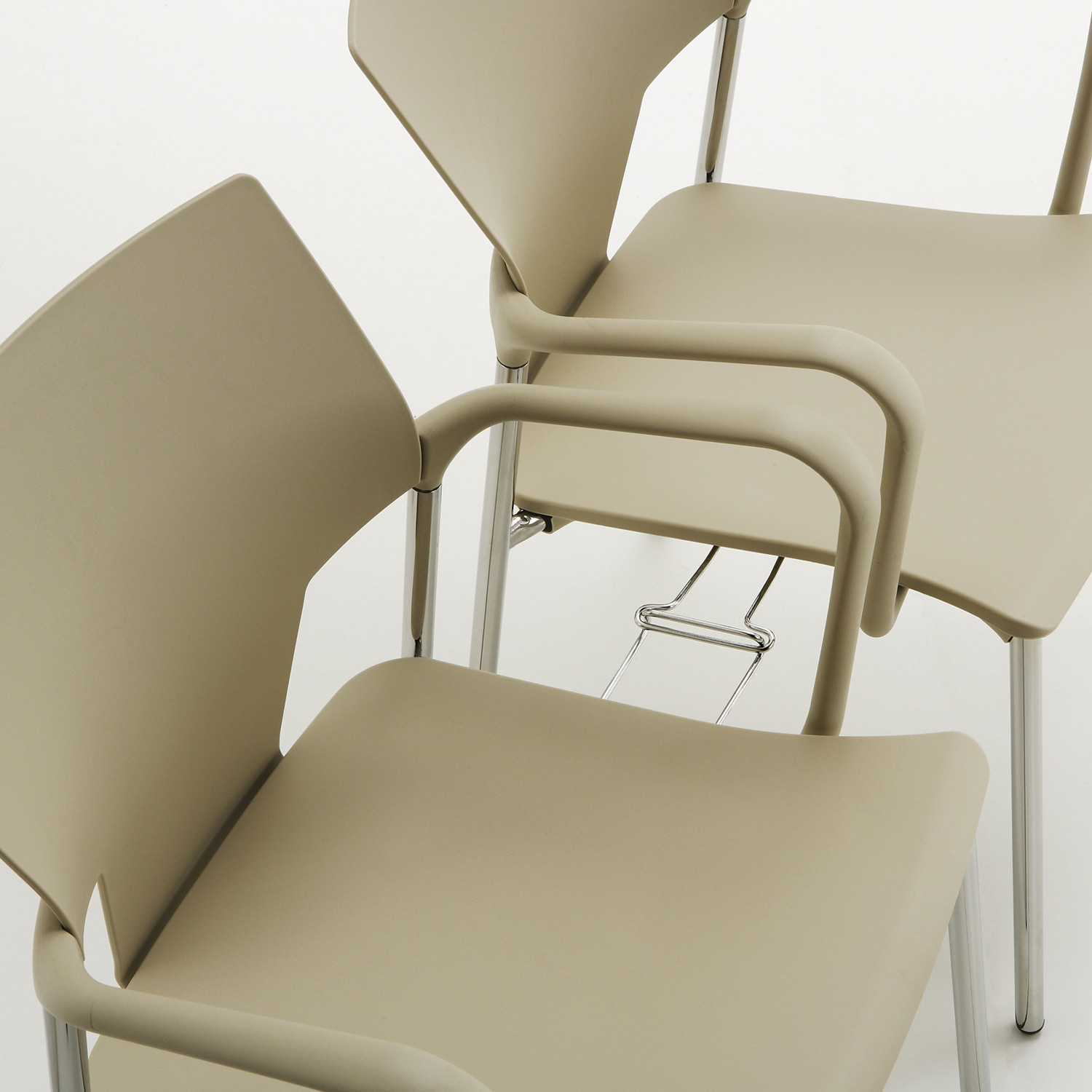 Ikon Chairs Detailled