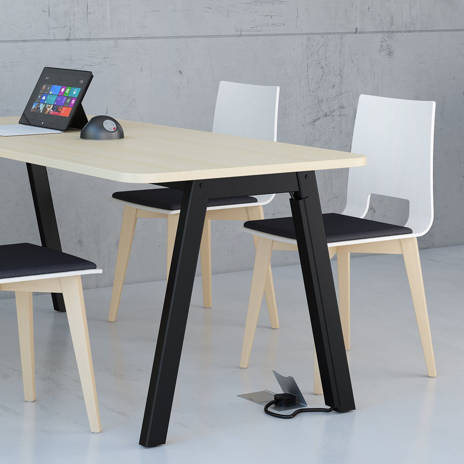 Low Bench Table - 725mm High
