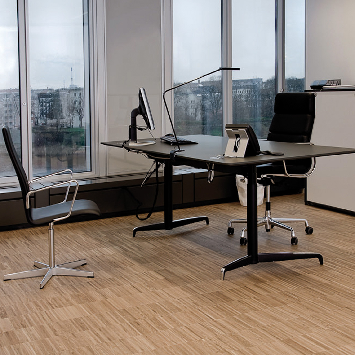 Genese Adjustable Desks