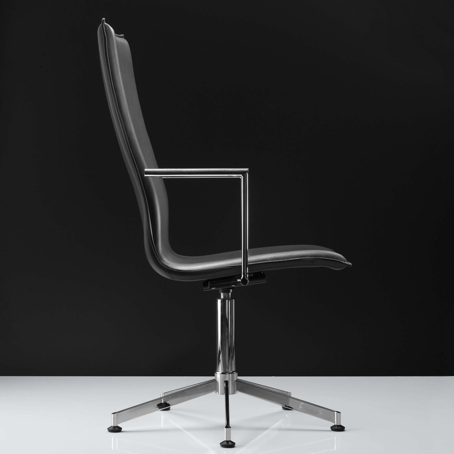 Inferno Meeting Chair - 5 Star Base