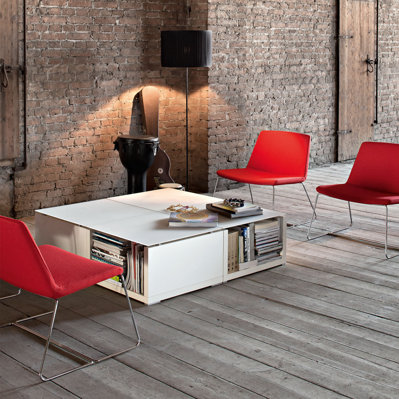 Kuadra Reception Table