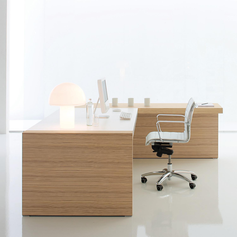 Kyo Executive Desk in Real Wood Veneer